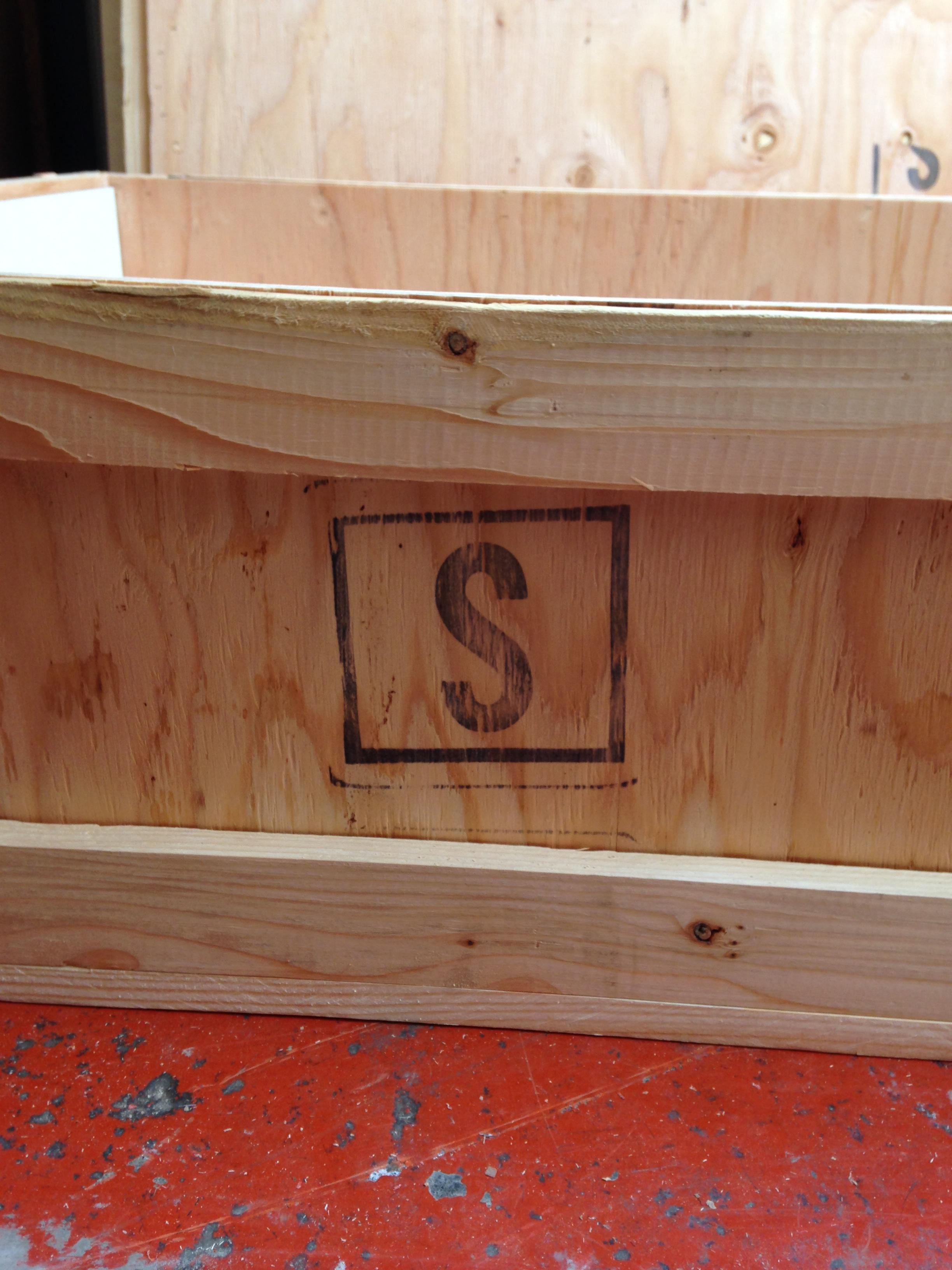 crate for art (3).JPG