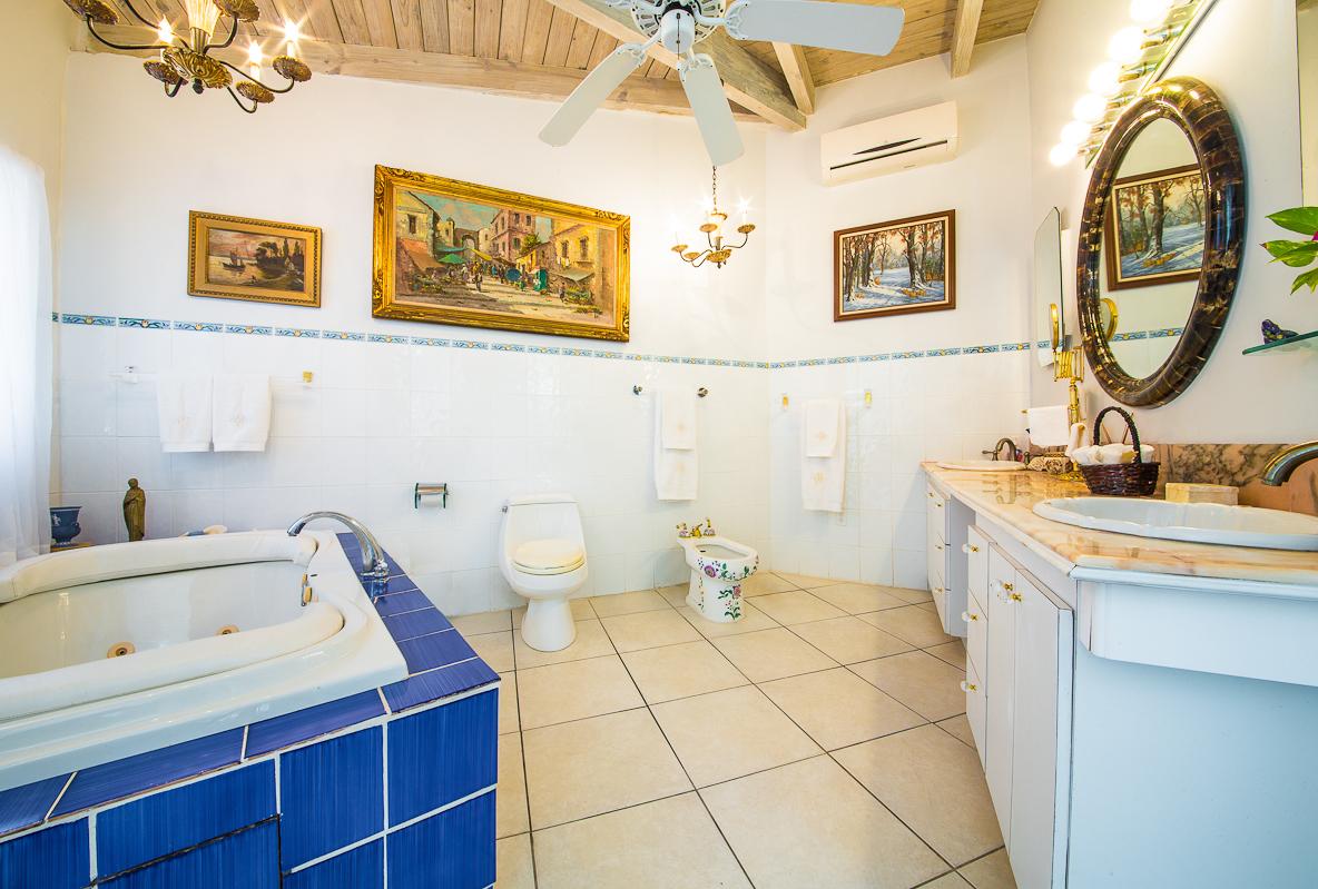 Villa_Oasis_8637.jpg