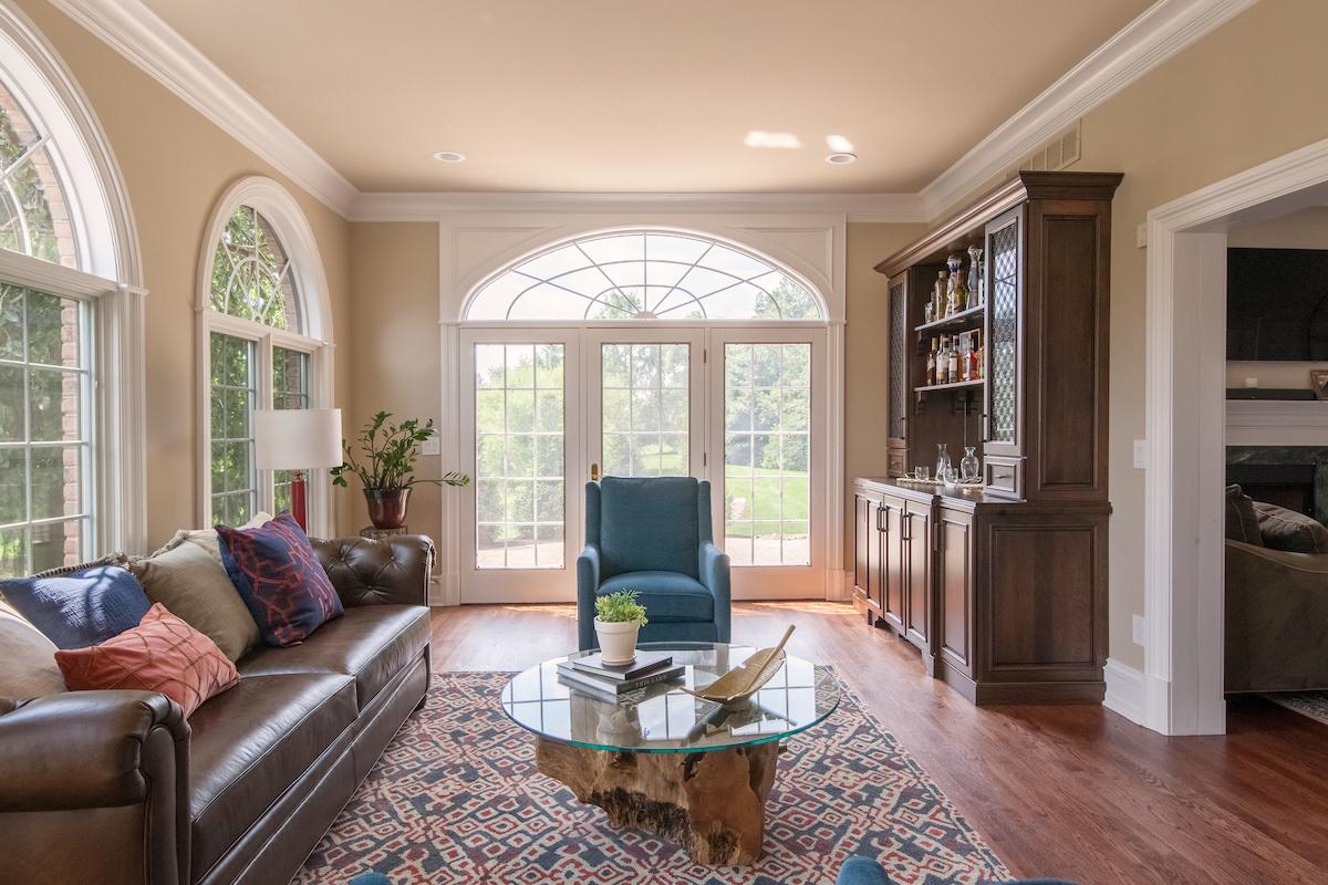 Transitional Americana Living Room