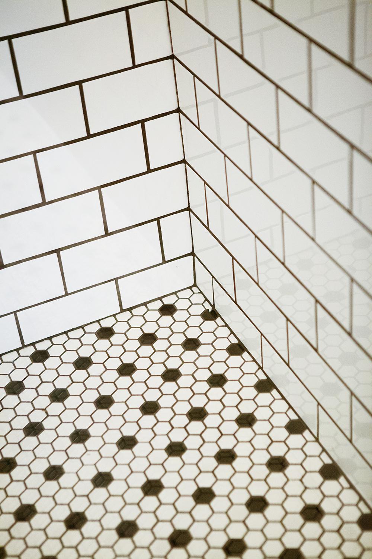 Memphis Street Loft Shower Tile