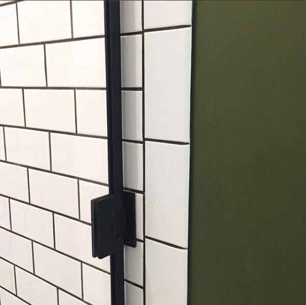 Memphis Street Loft Shower Enclosure Detail