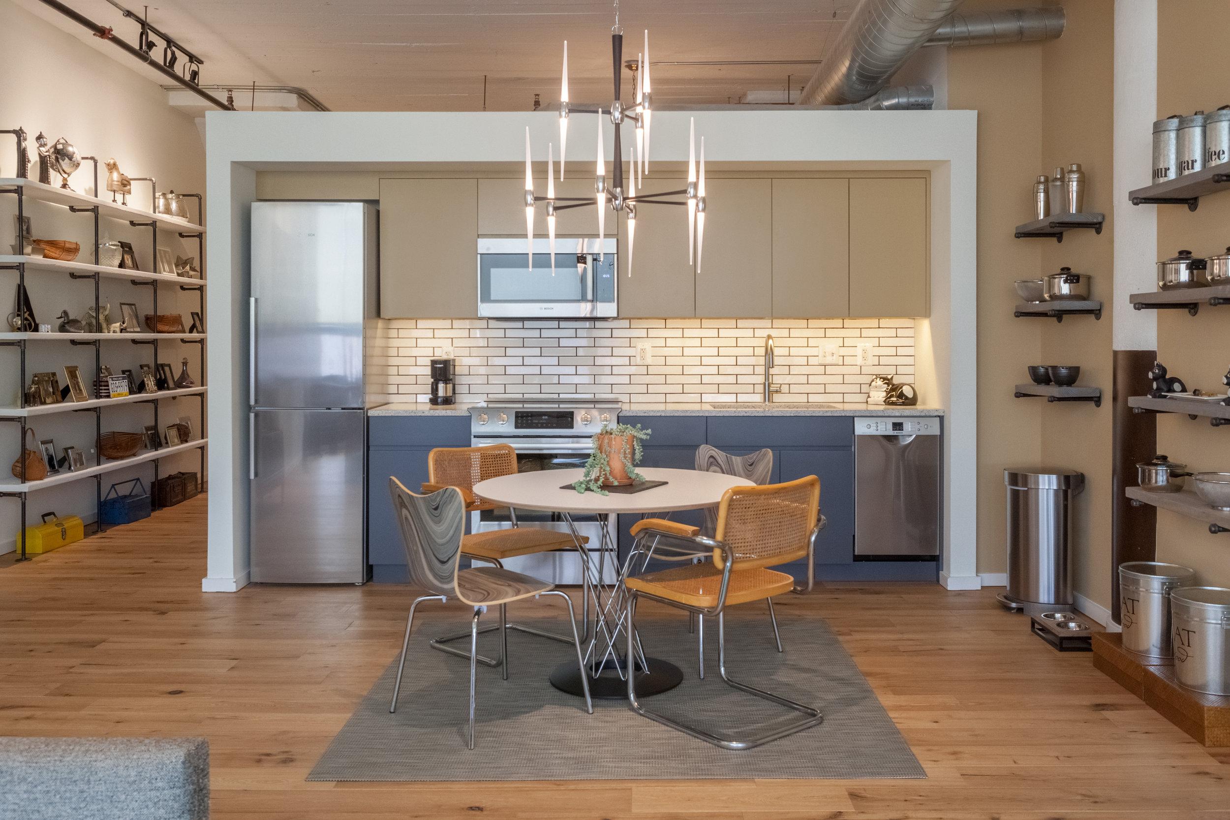 Memphis Street Loft - Kitchen