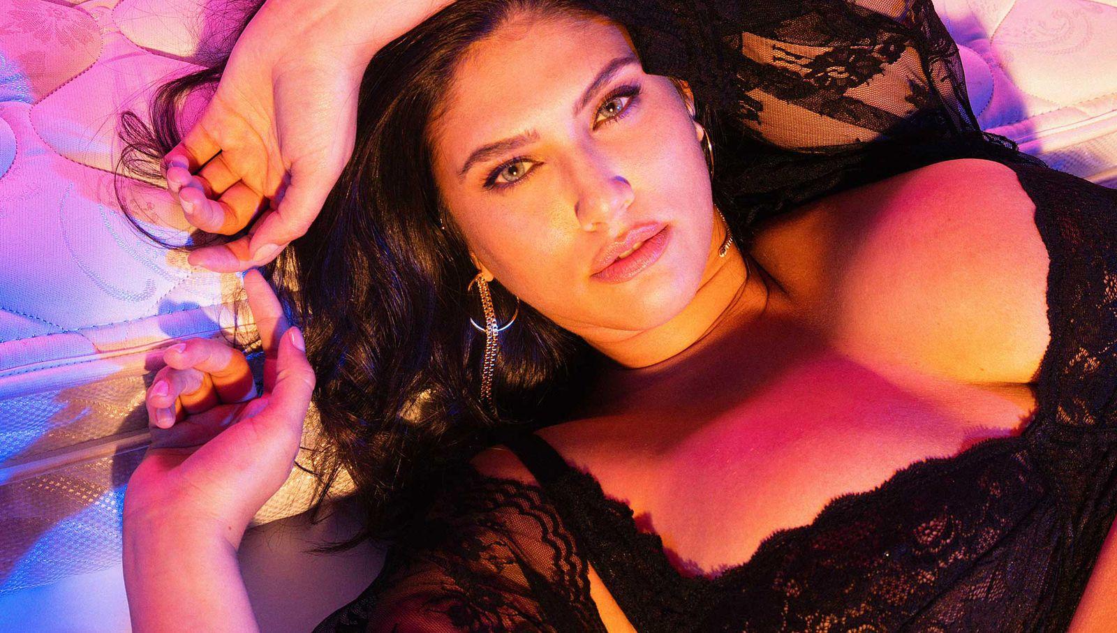 leticia cosmo love video.jpg