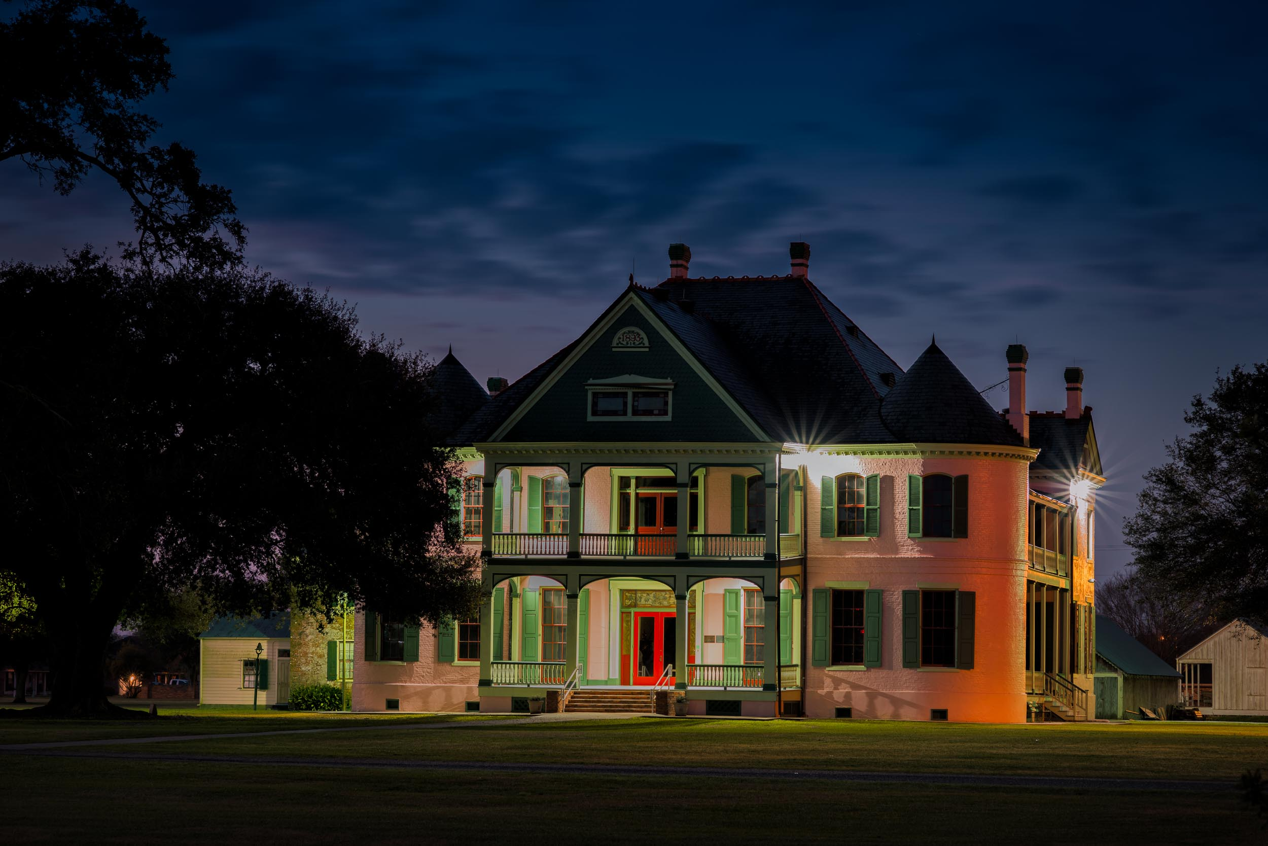 Southdown Plantation House at Night