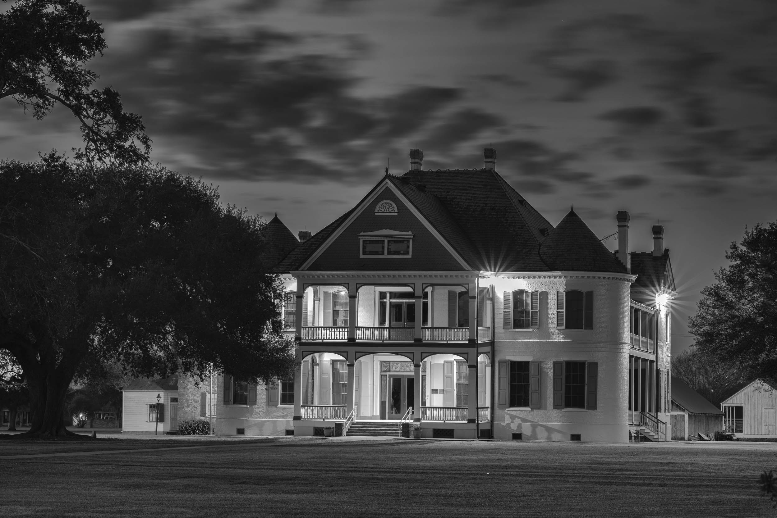 Southdown Plantation Home at Night