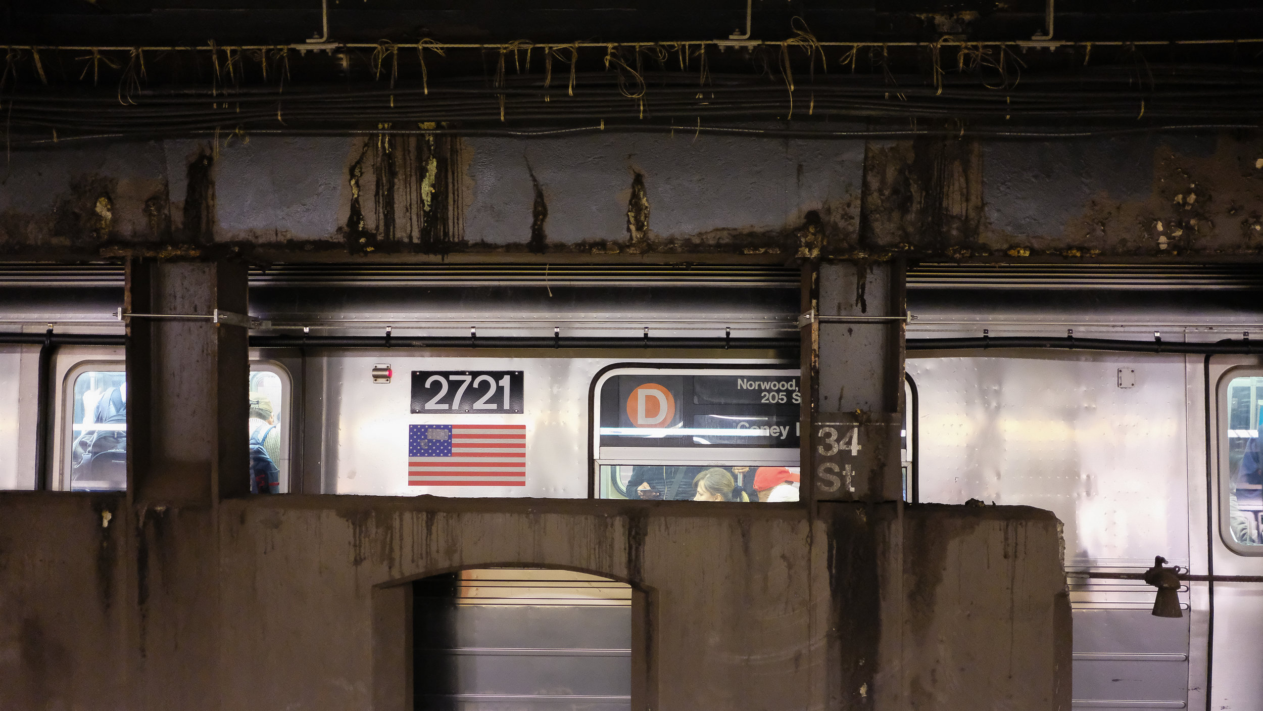 F, M, B and D trains. 34th Street.