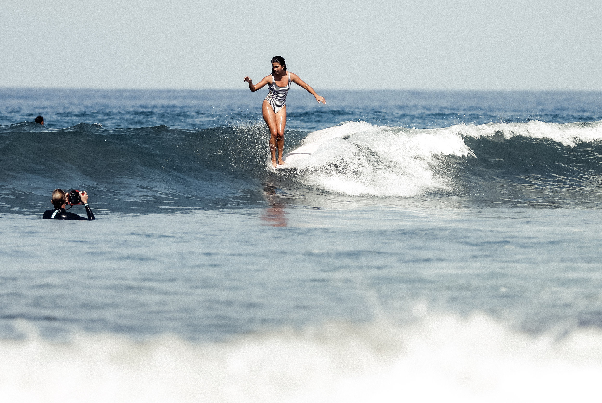 La Bailarina Surfing Women