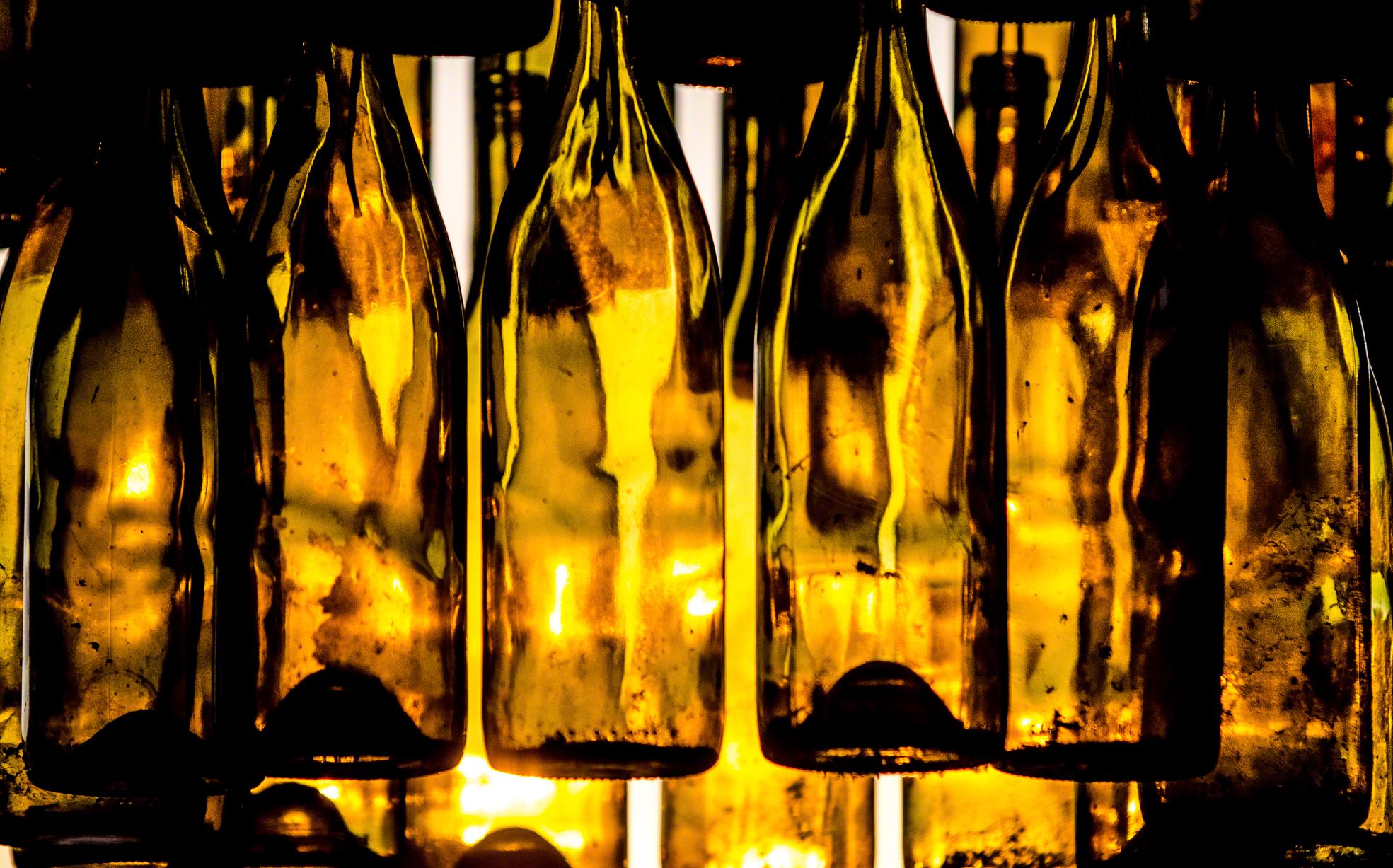 Botellas Colgadas 2.jpg