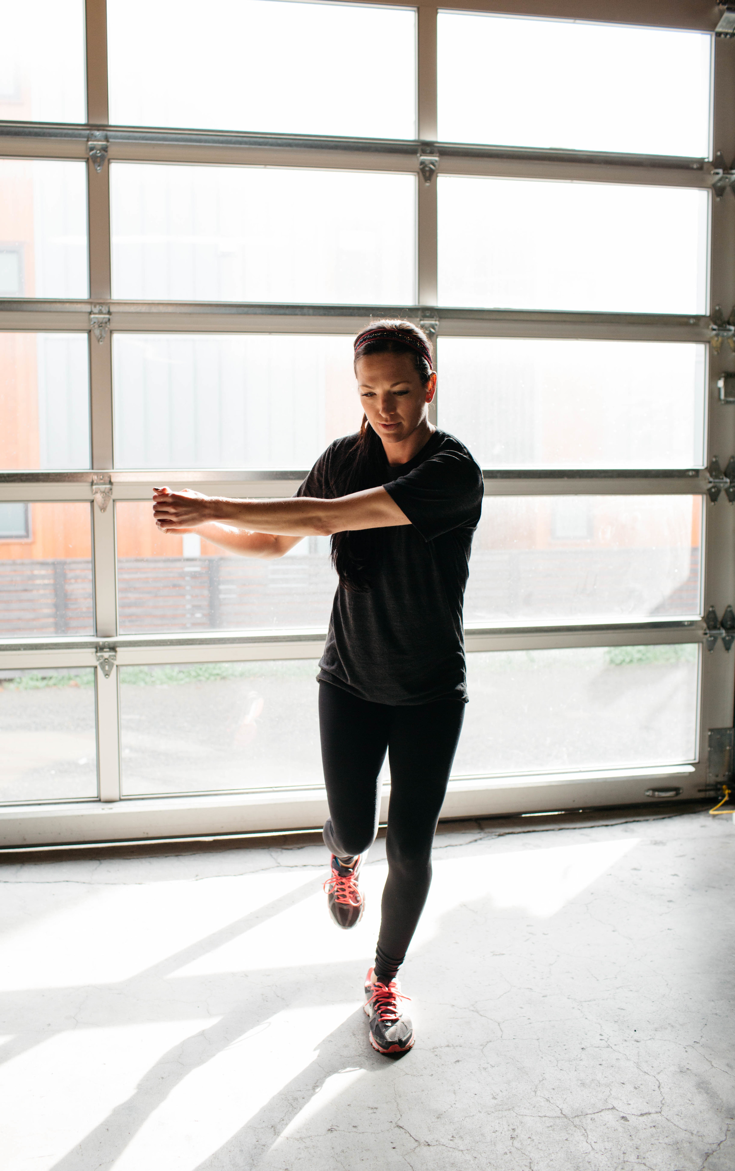 Single-Leg Balance with Trunk Rotation