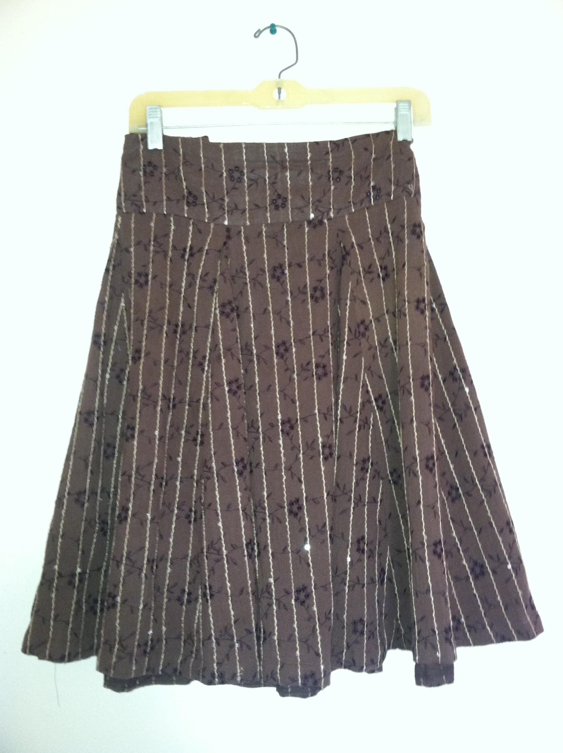 brown sparkly skirt.JPG