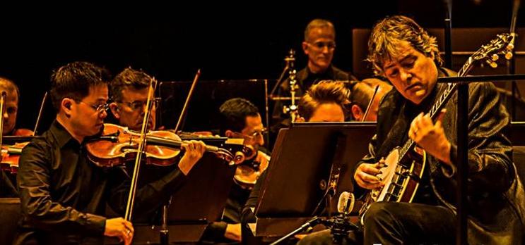Colorado Symphony & Béla Fleck 2013