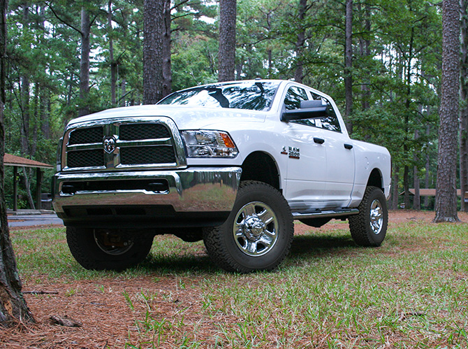 "2.5"" Dodge Front Leveling Kit - 2014-2015 Ram 2500, 2013-2015 Ram 3500 4WD"