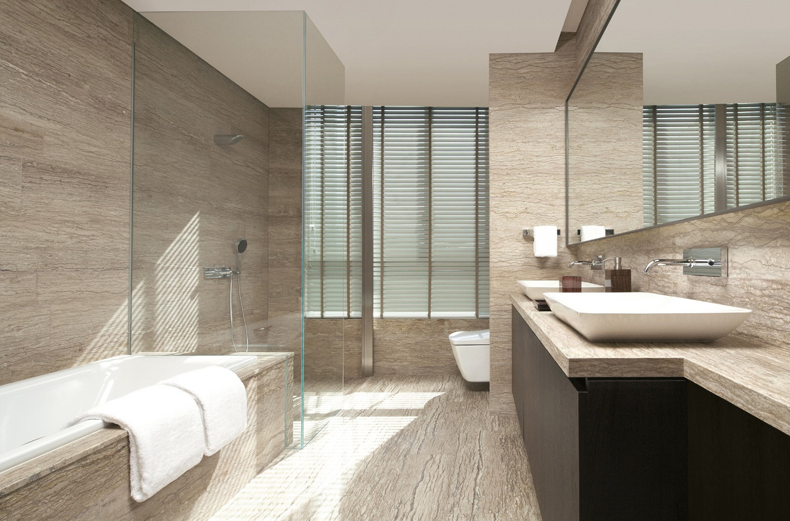 A luxurious bathroom