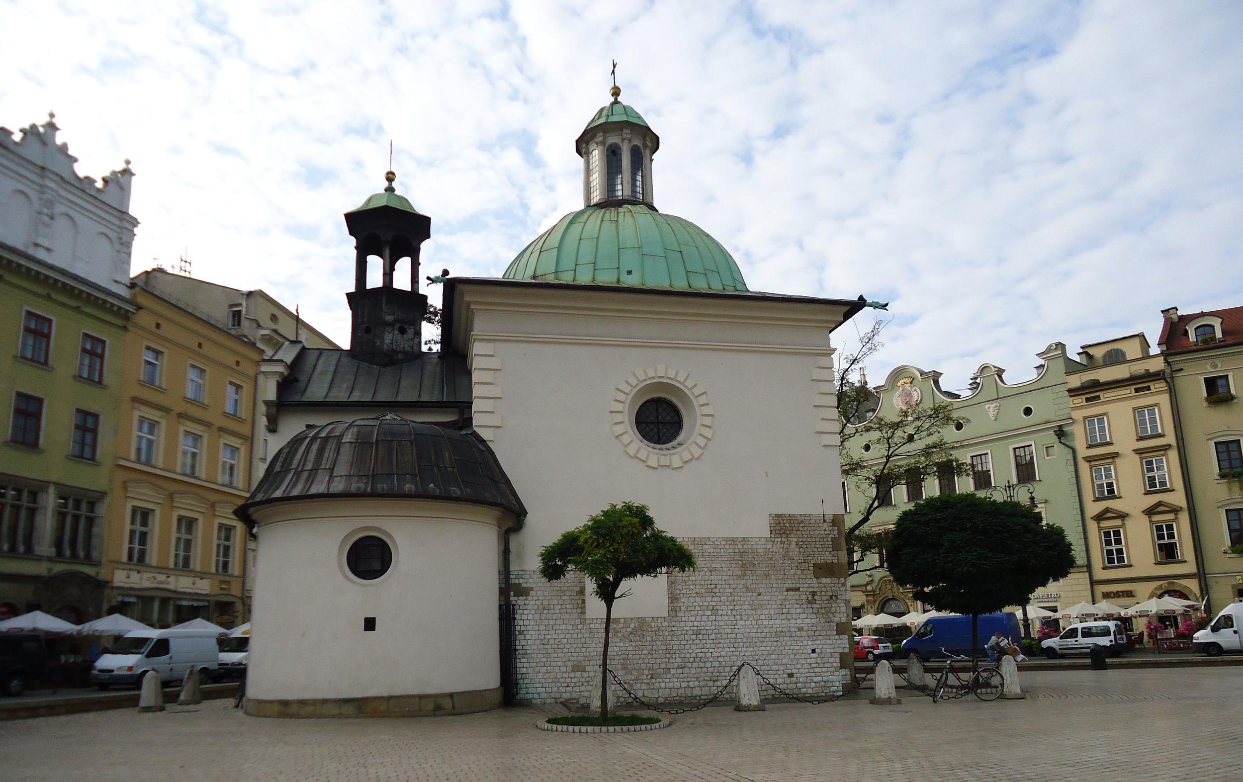 krakow market square 2.jpg
