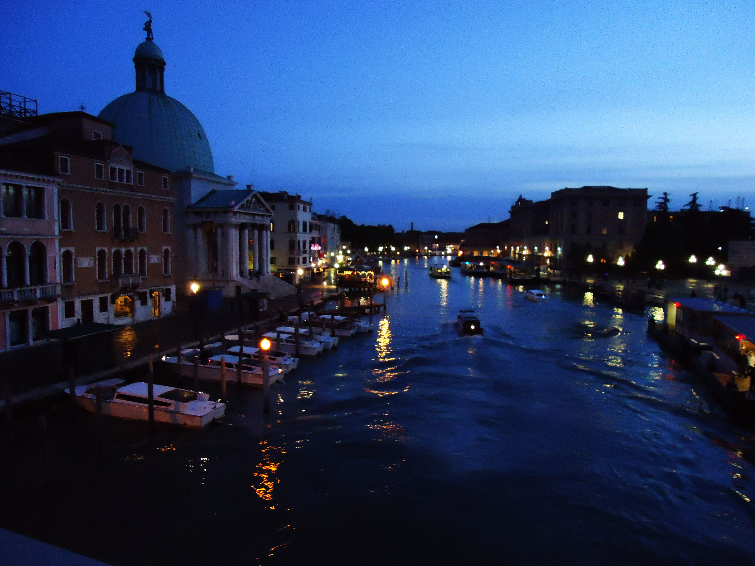 venice at night.jpg