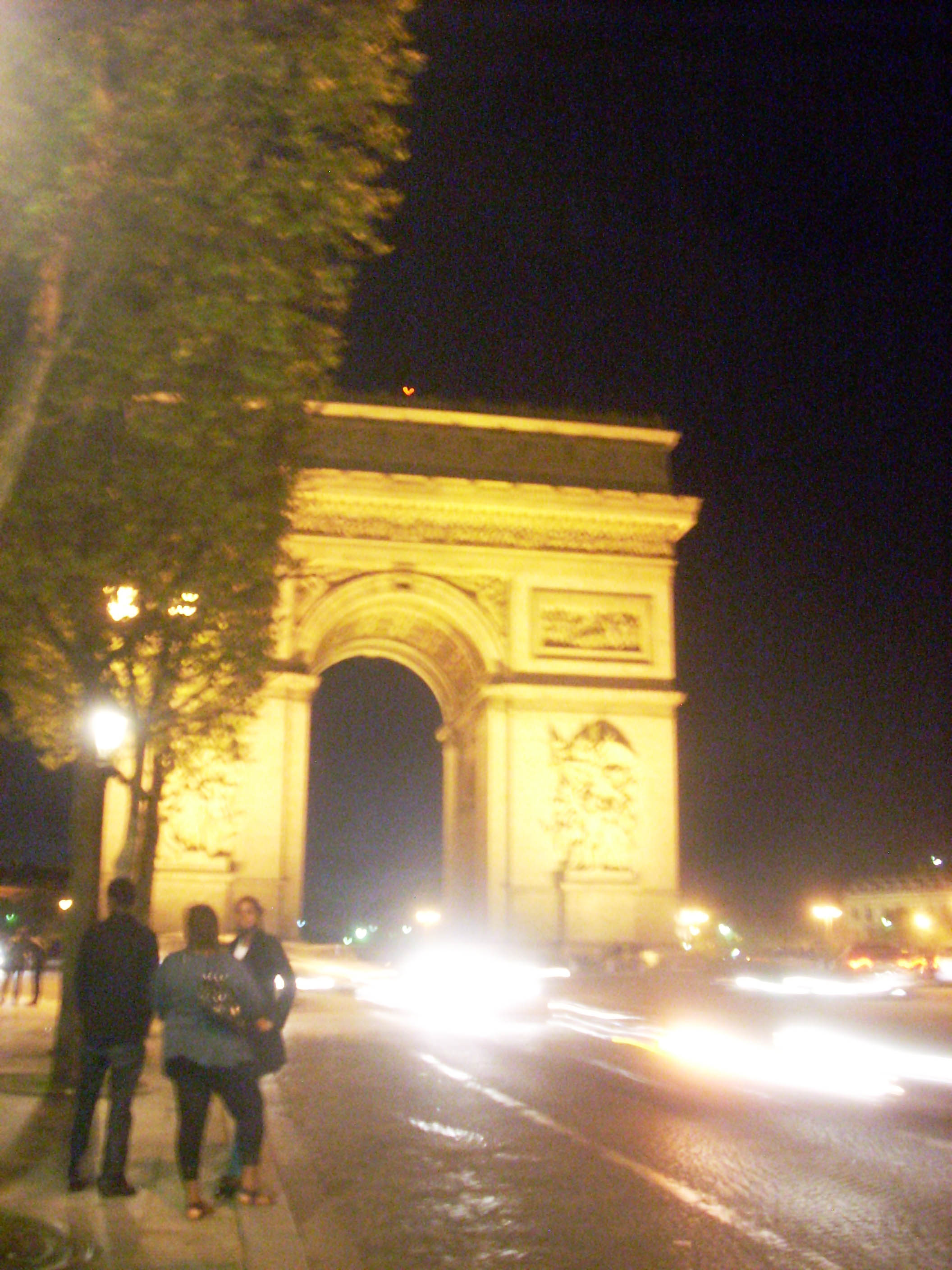 arch and champs elysee 2.jpg
