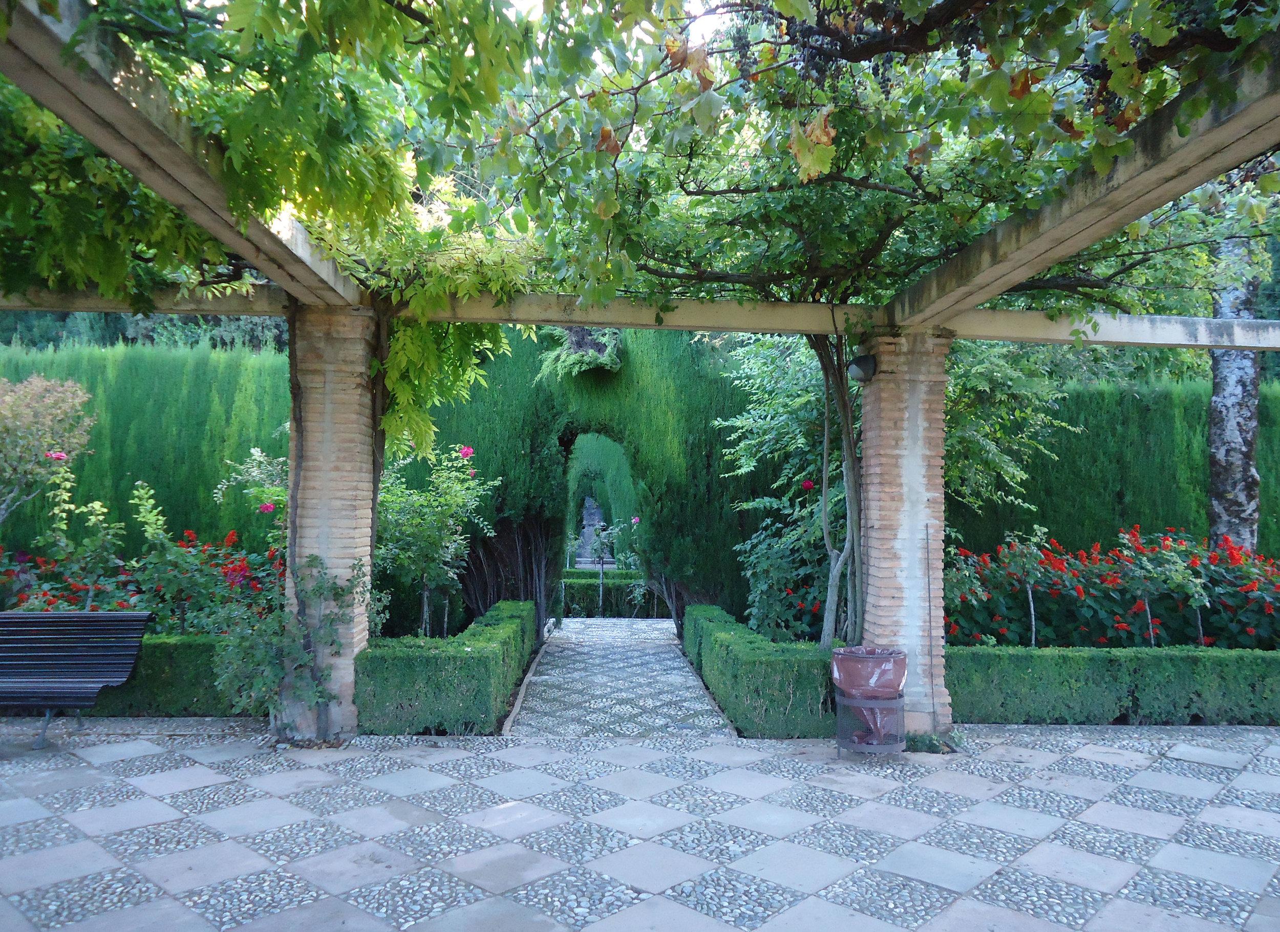 alhambra gardens 6.jpg