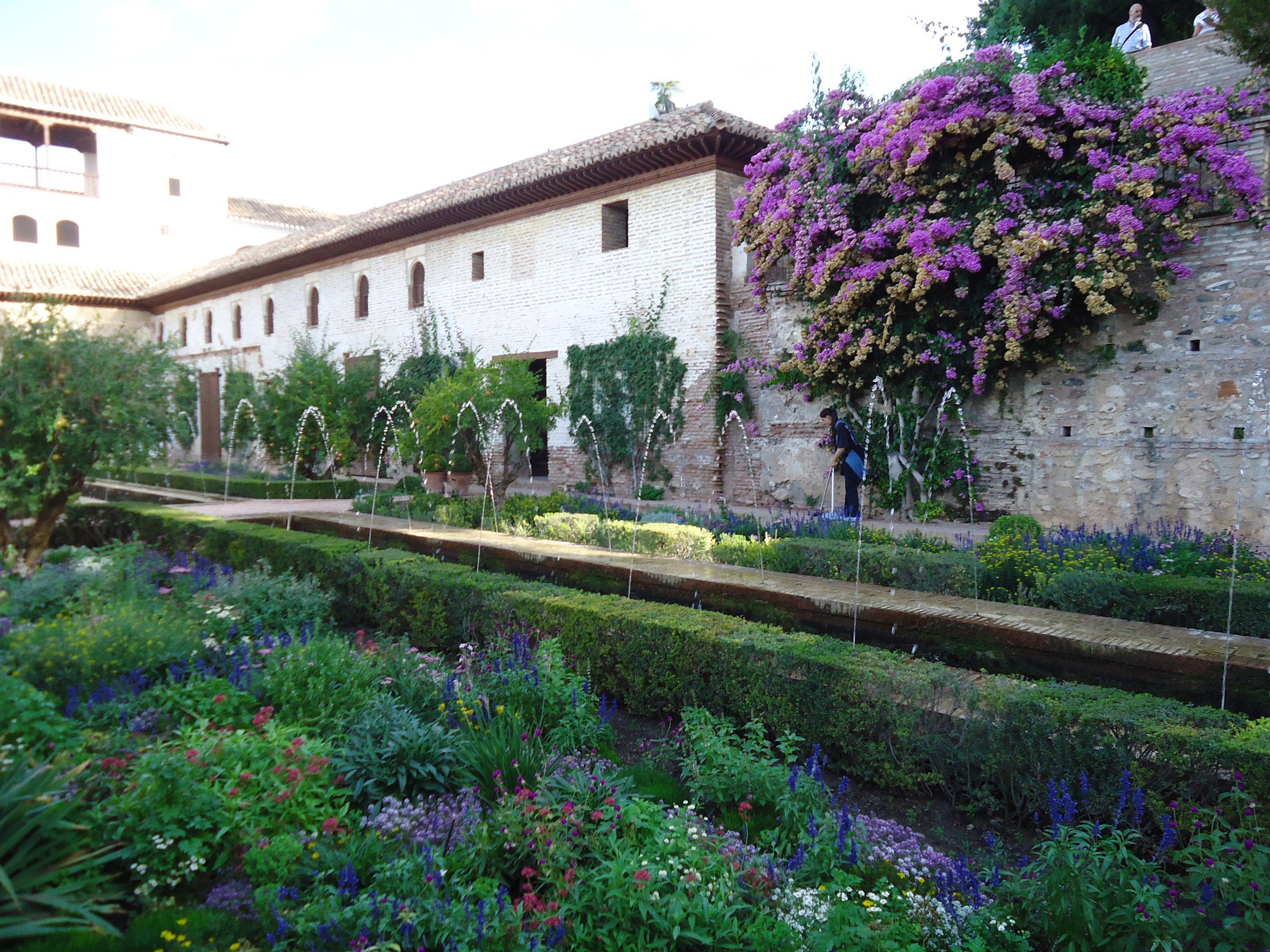 alhambra gardens 7.jpg