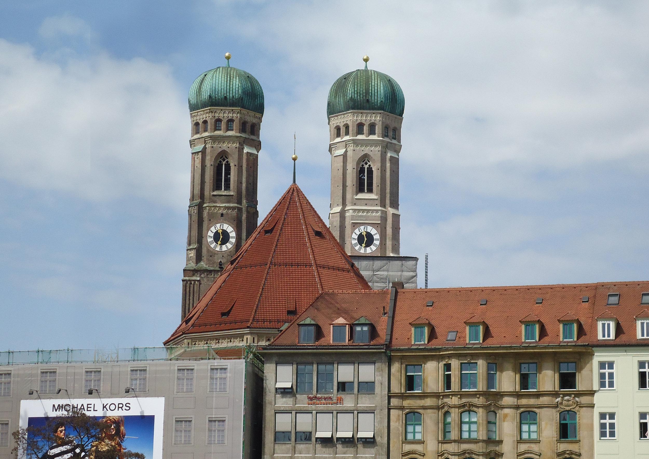 munich main church.jpg