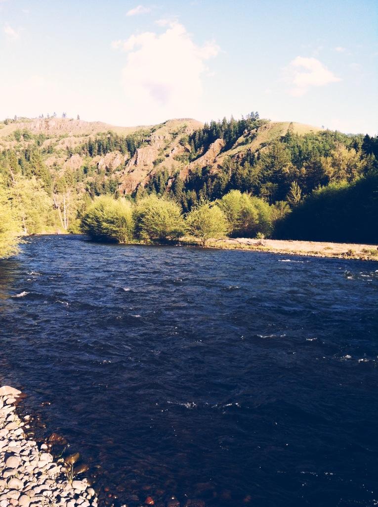 Klickitat River.png