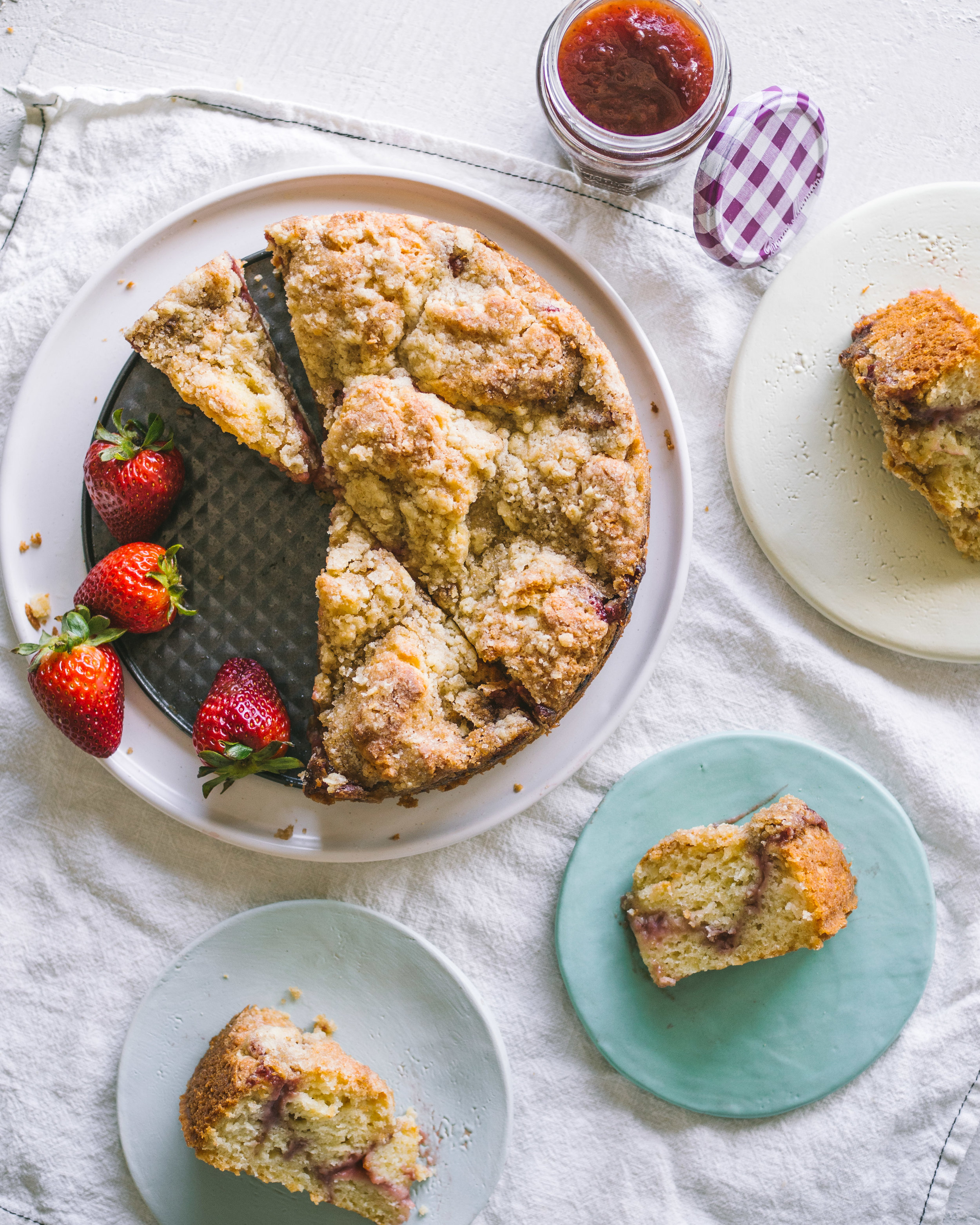 Strawberry Streusel Cake || Local Haven