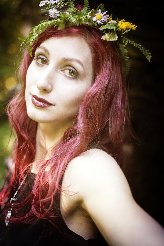 Geena Matuson (@geenamatuson) photographed by Lucid Grafx.