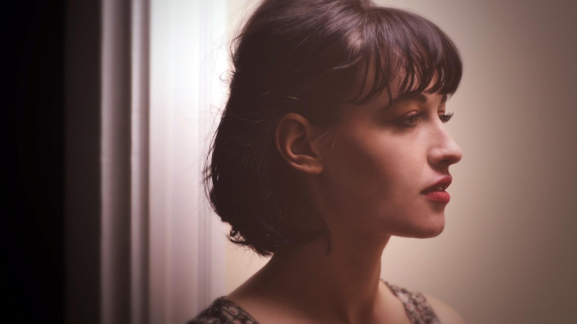 Lindsey Elisabeth Cork in trailer for Amor Sangre, 2014.
