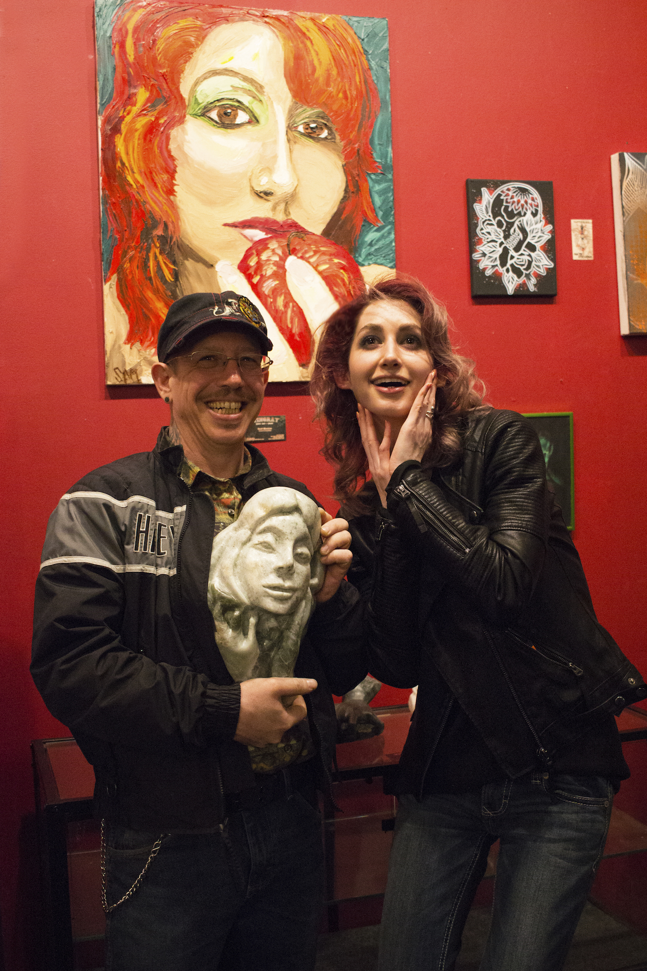 Scott Matalon presents his sculpture of Geena Matuson, Stingray Body Art Tattoo Artist Art Show, March 2016.