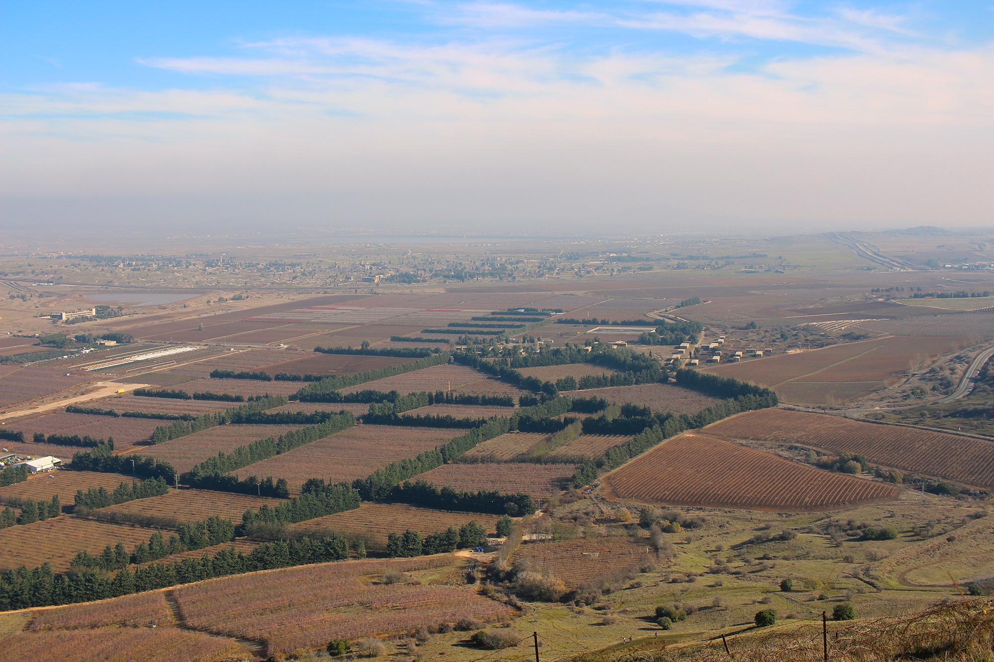 The view from Har Bental, Israeli Bunkers in Golan, Israel. View across Gamla in Golan Heights, Israel. Travel photography by Geena Matuson @geenamatuson #thegirlmirage.