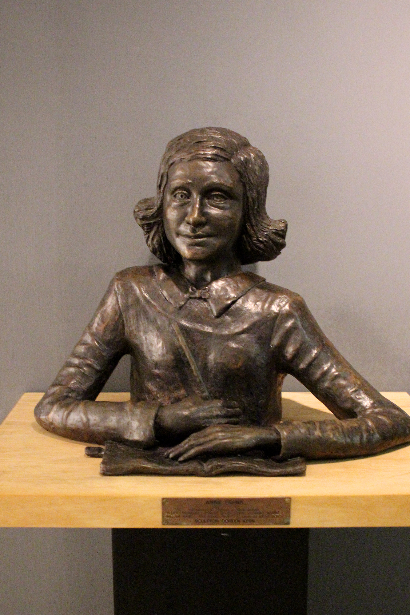 Bust of Anne Frank (whom my mother says is the spitting-image of my great-grandma Mary) in Ghetto Fighters' House, the first Holocaust museum, Israel. Photography by Geena Matuson @geenamatuson #thegirlmirage.