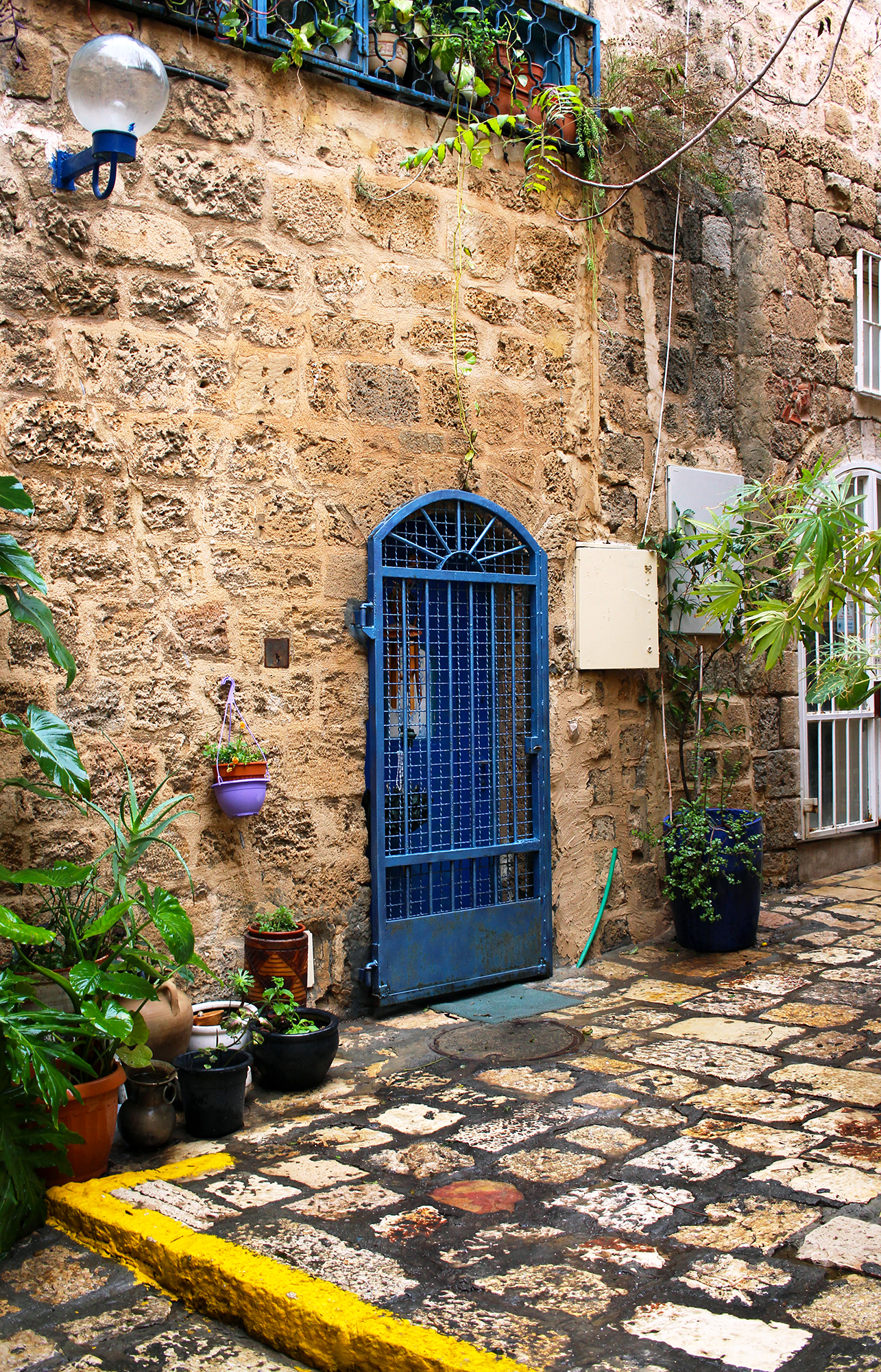 Old Jaffa artist district in Tel-Aviv, Israel. Travel photography by Geena Matuson @geenamatuson #thegirlmirage.