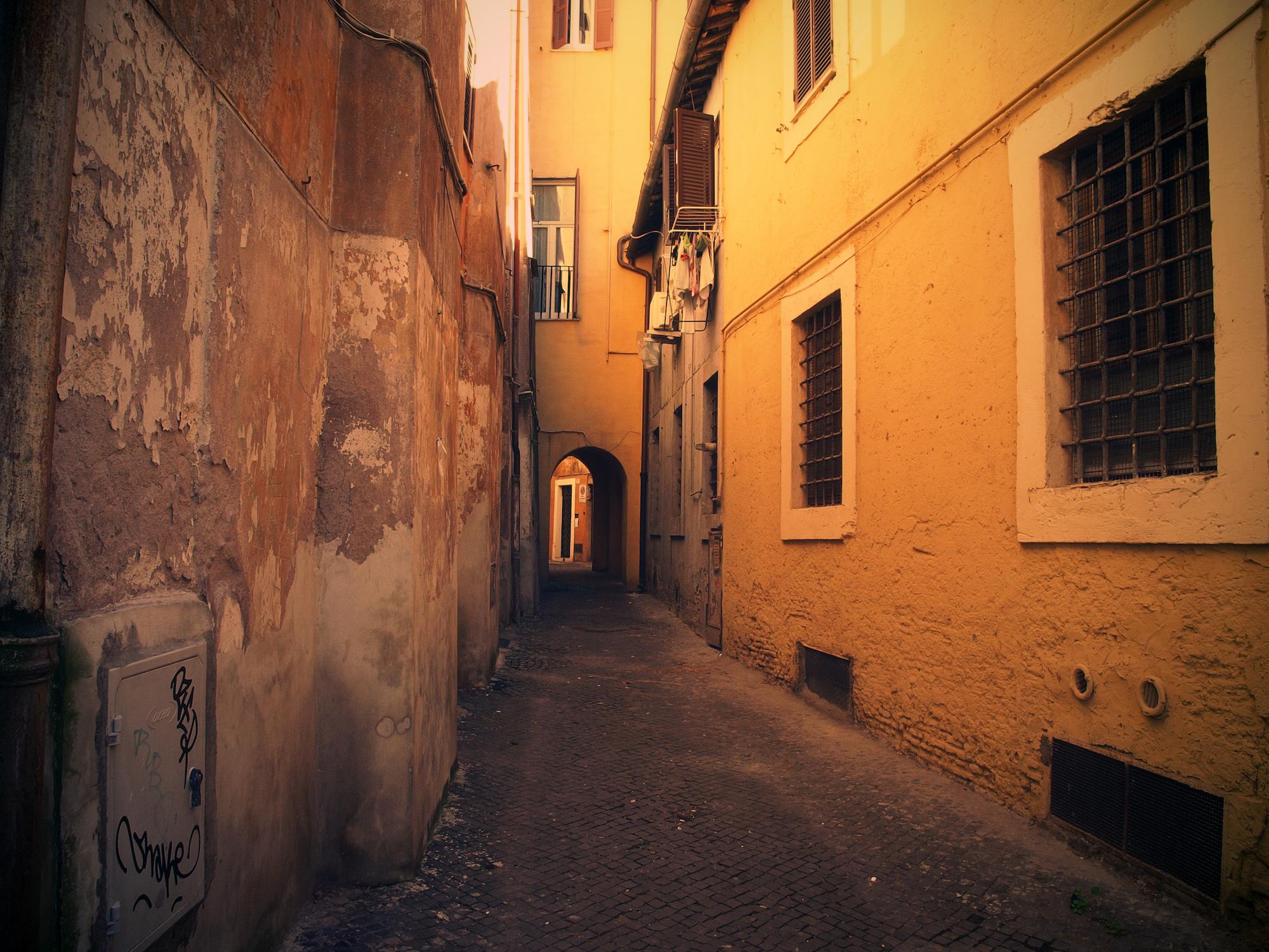 Alley 02  / Part of 'Trip To Italy' series by Geena Matuson @geenamatuson, 2011.