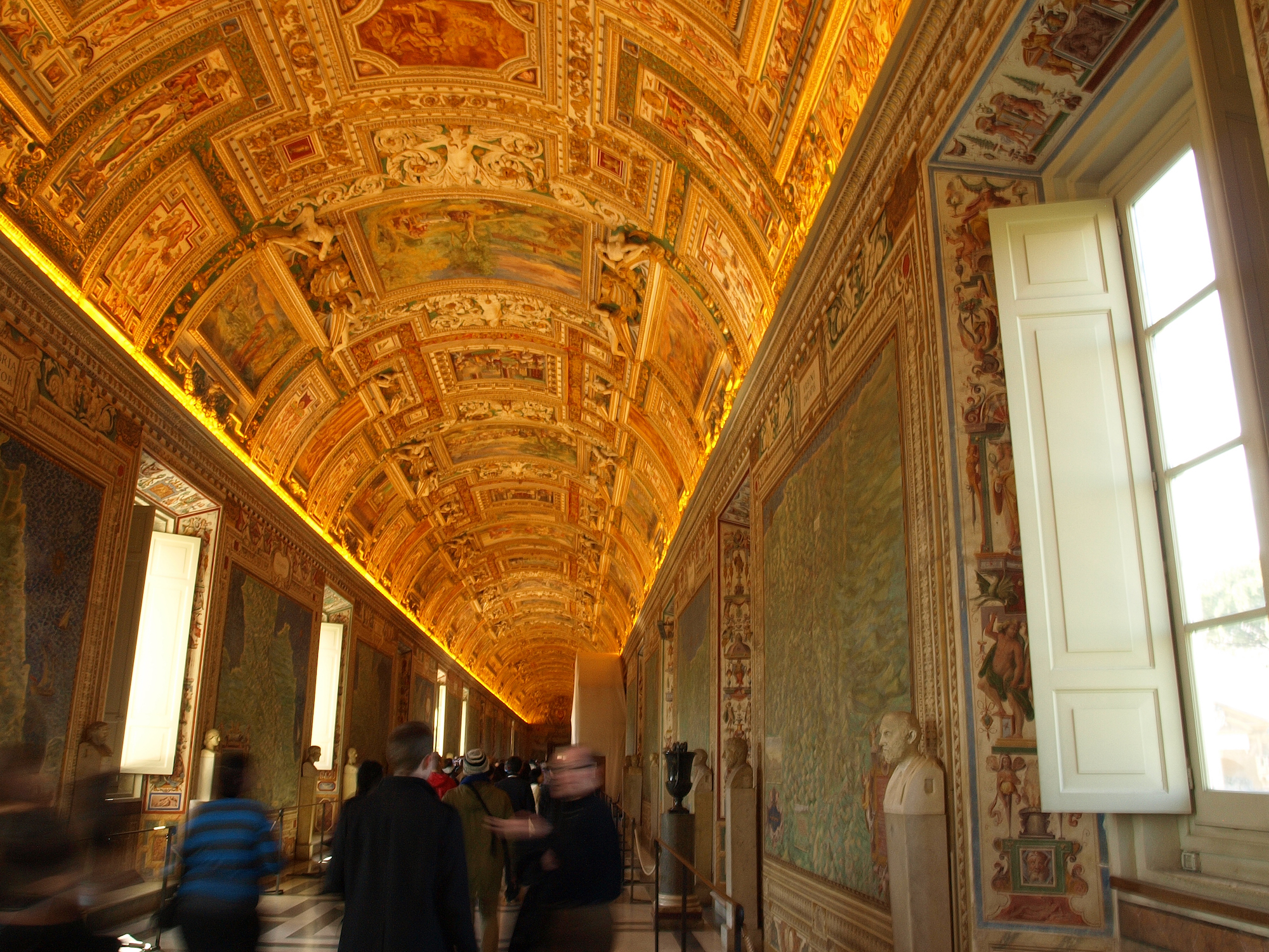 Vatican Museums, Vatican City, Italy  / Geena Matuson @geenamatuson #thegirlmirage