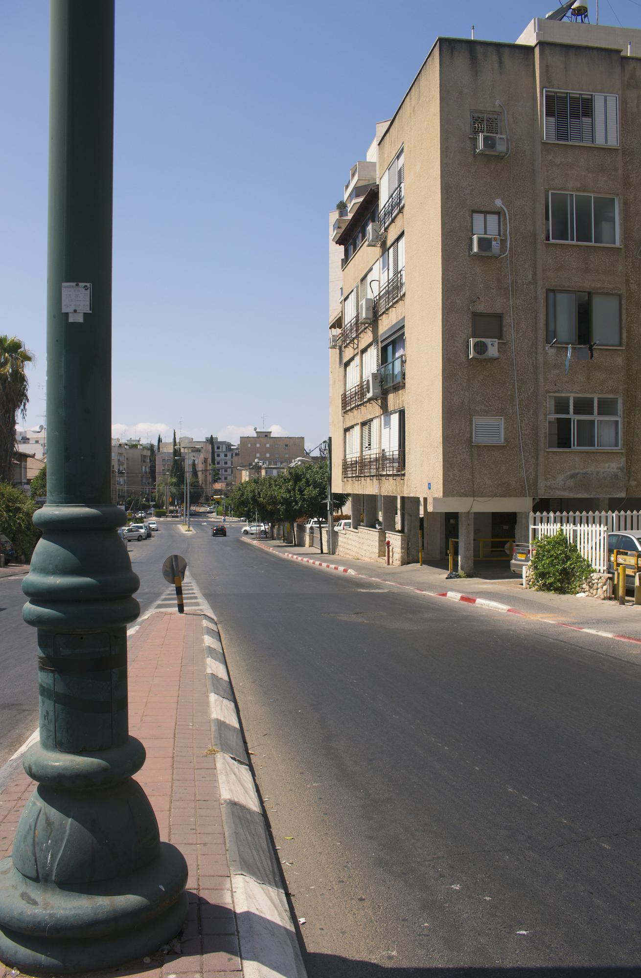 GeenaMatuson_Israel_RishonLeZion_Neighborhood_64.jpg