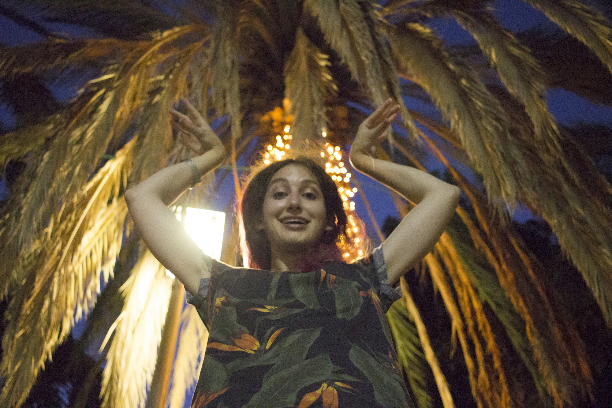 "Geena Matuson (@geenamatuson) ""being the palm tree"" in Rishon LeZion, Israel, September 2017."