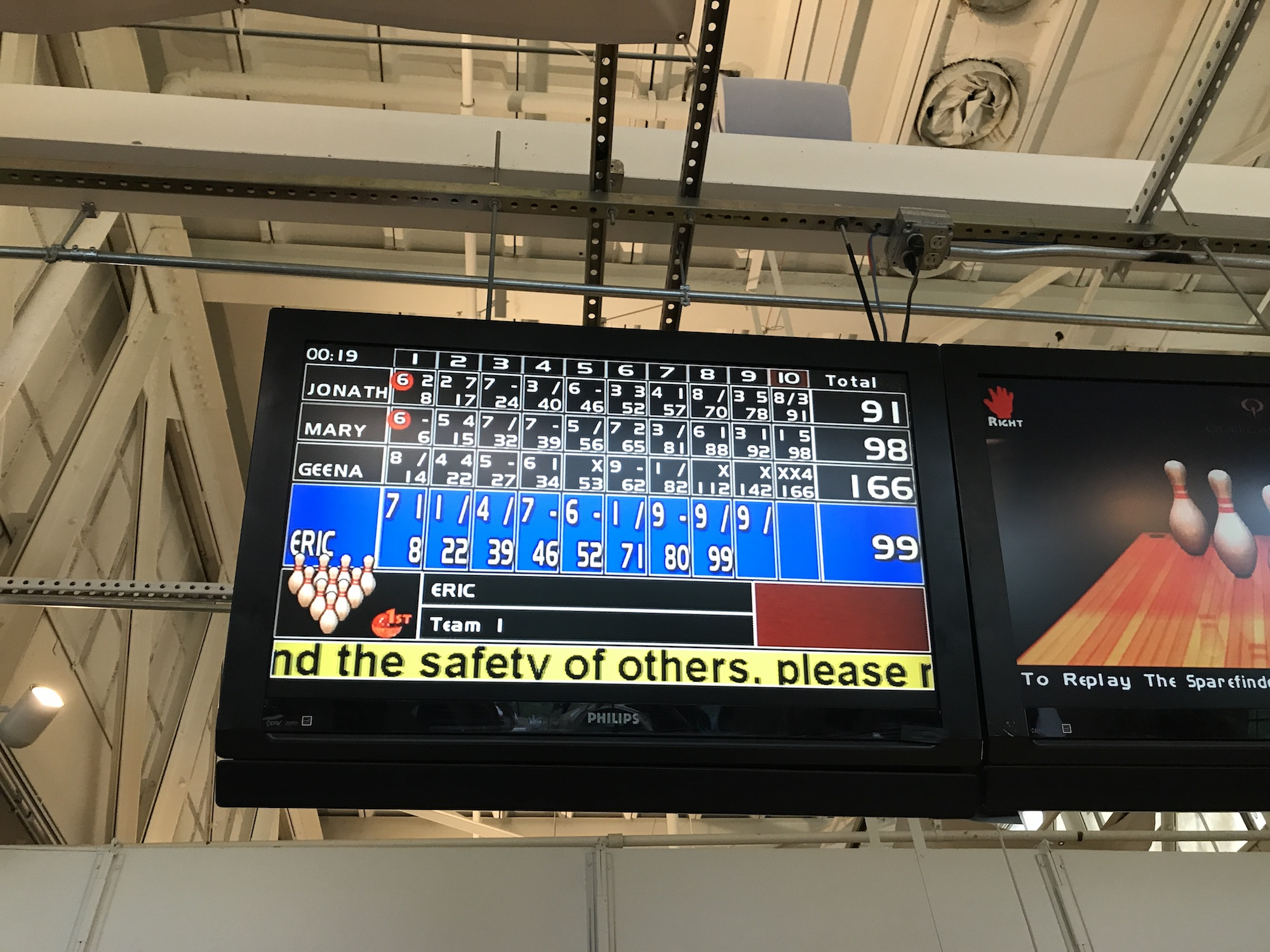 Geena Matuson (@geenamatuson) scores 4 strikes in a row at Radio Social in Rochester, NY, 2018!