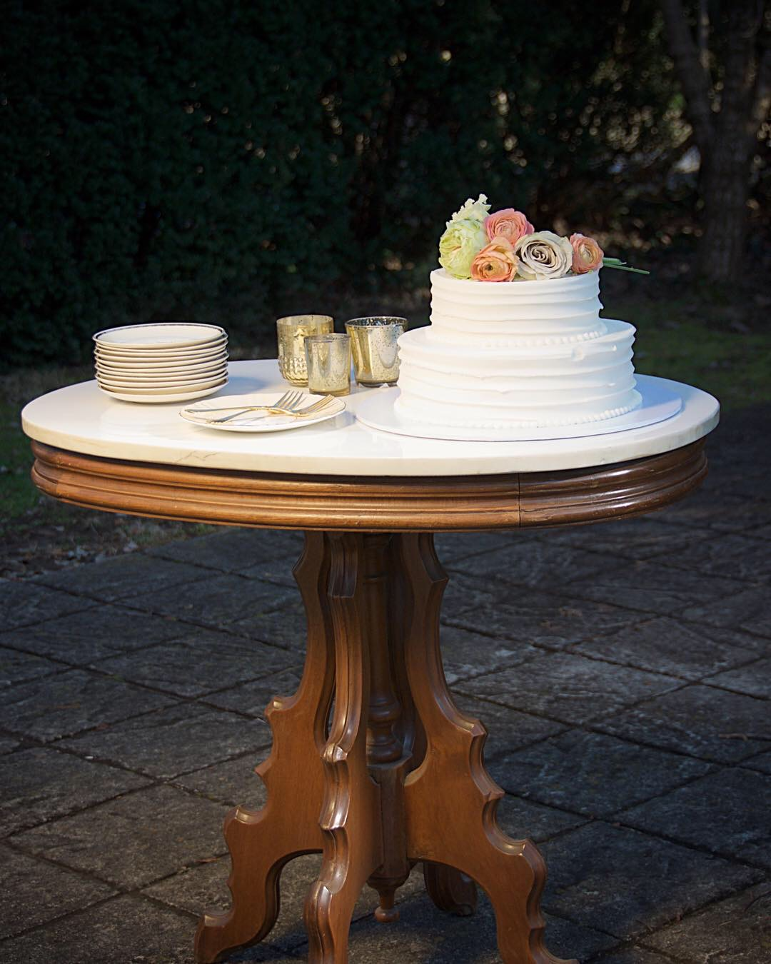 Marble Cake Table