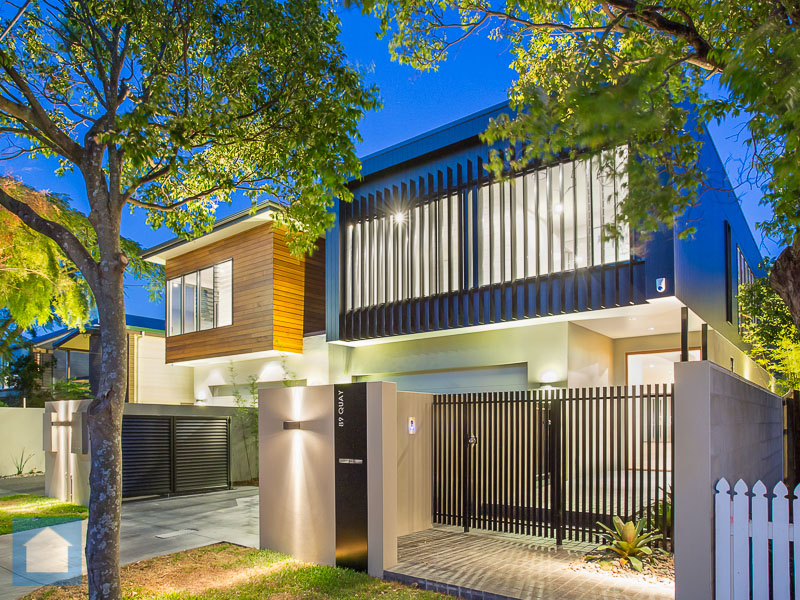 This house has great street appeal with its sharp, modern design and contrasting finishes.