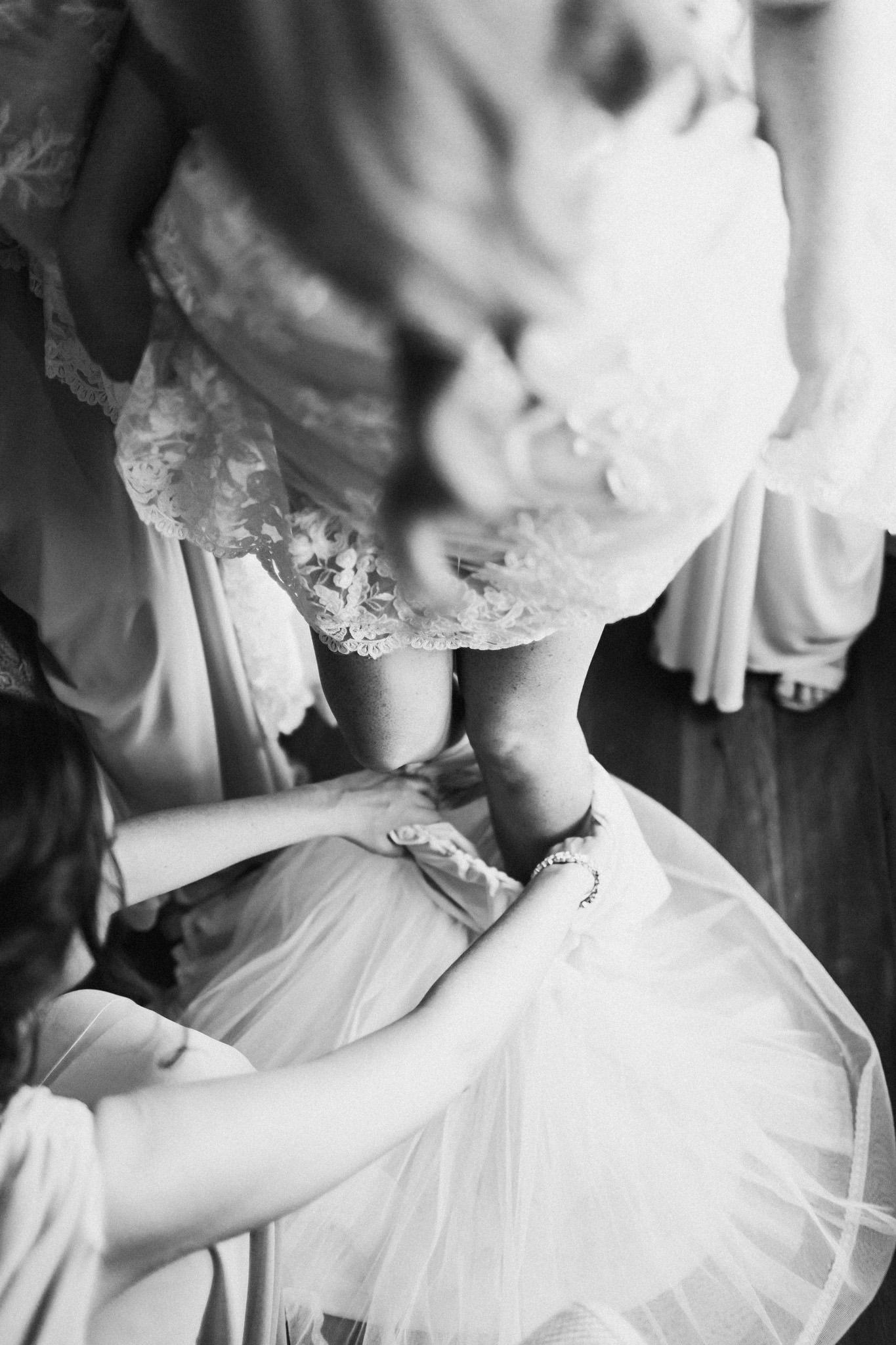 WeddingPhotos_Facebook_2048pixels-1016.jpg