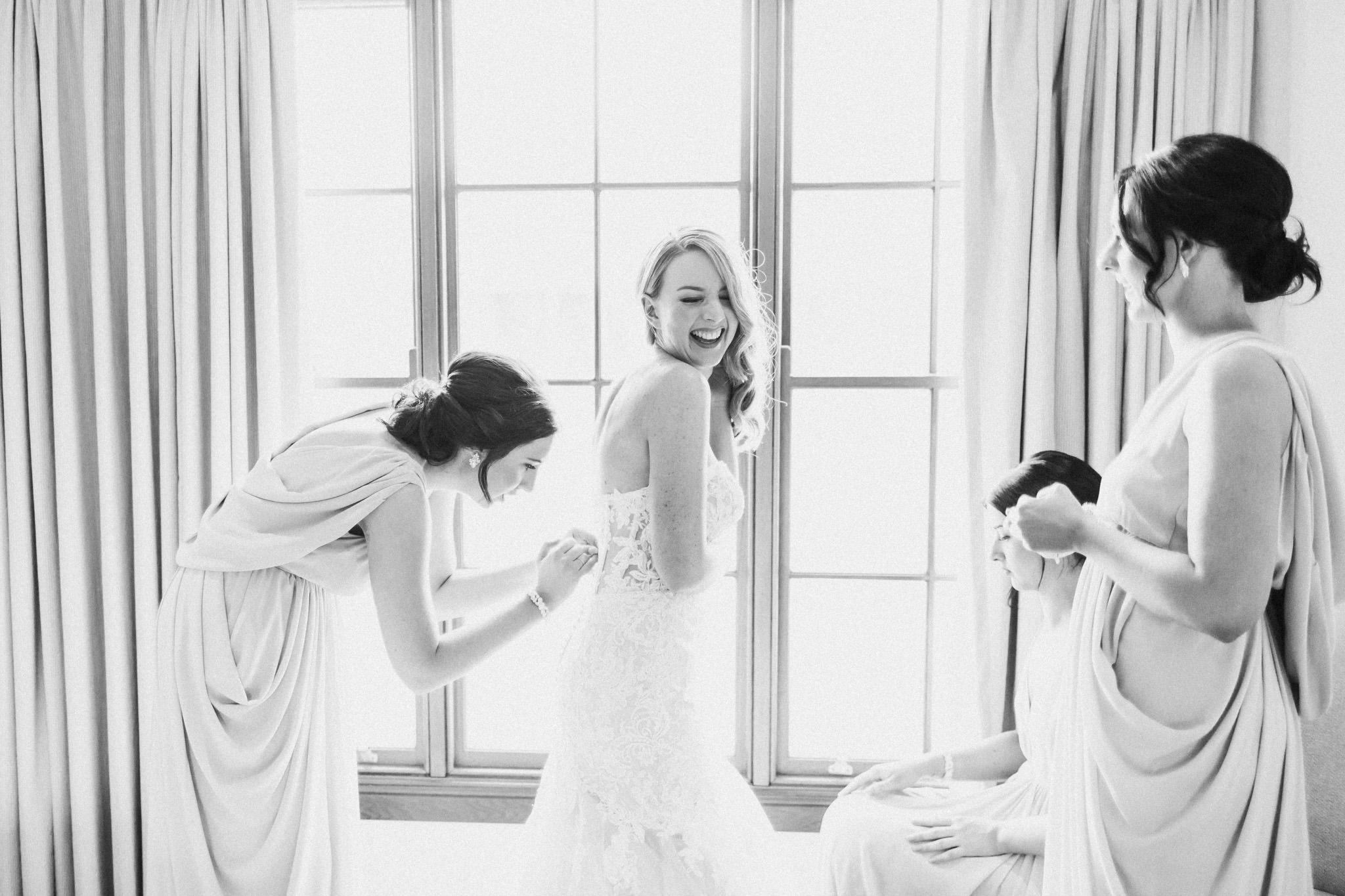 WeddingPhotos_Facebook_2048pixels-1019.jpg