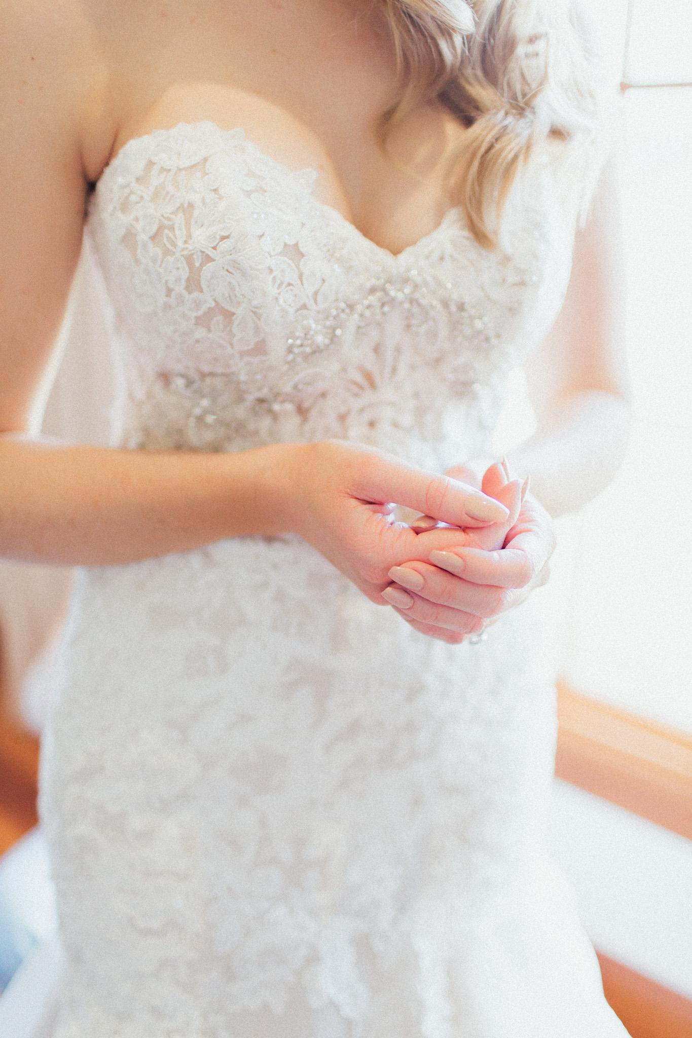 WeddingPhotos_Facebook_2048pixels-1021.jpg