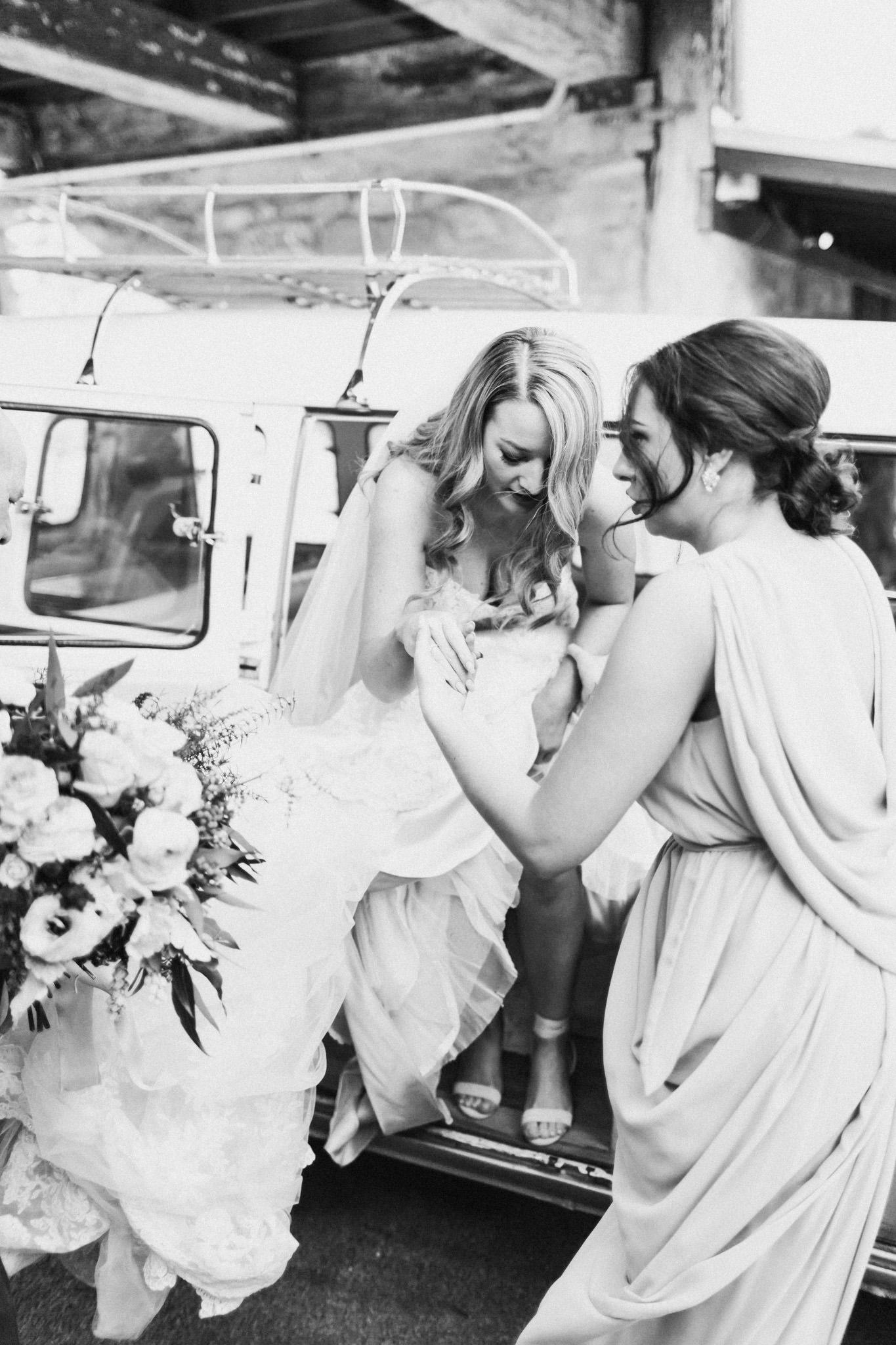 WeddingPhotos_Facebook_2048pixels-1030.jpg