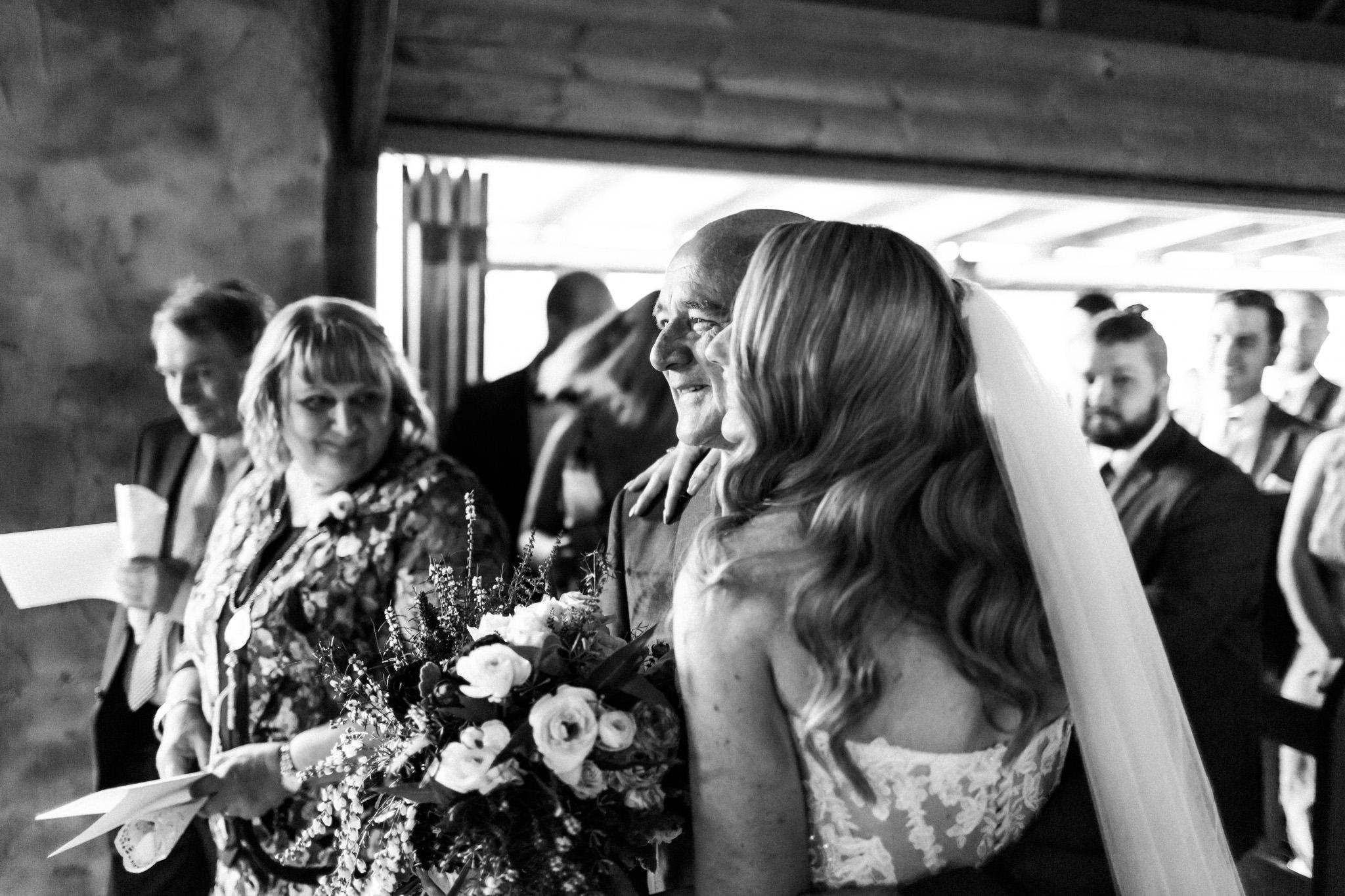 WeddingPhotos_Facebook_2048pixels-1039.jpg