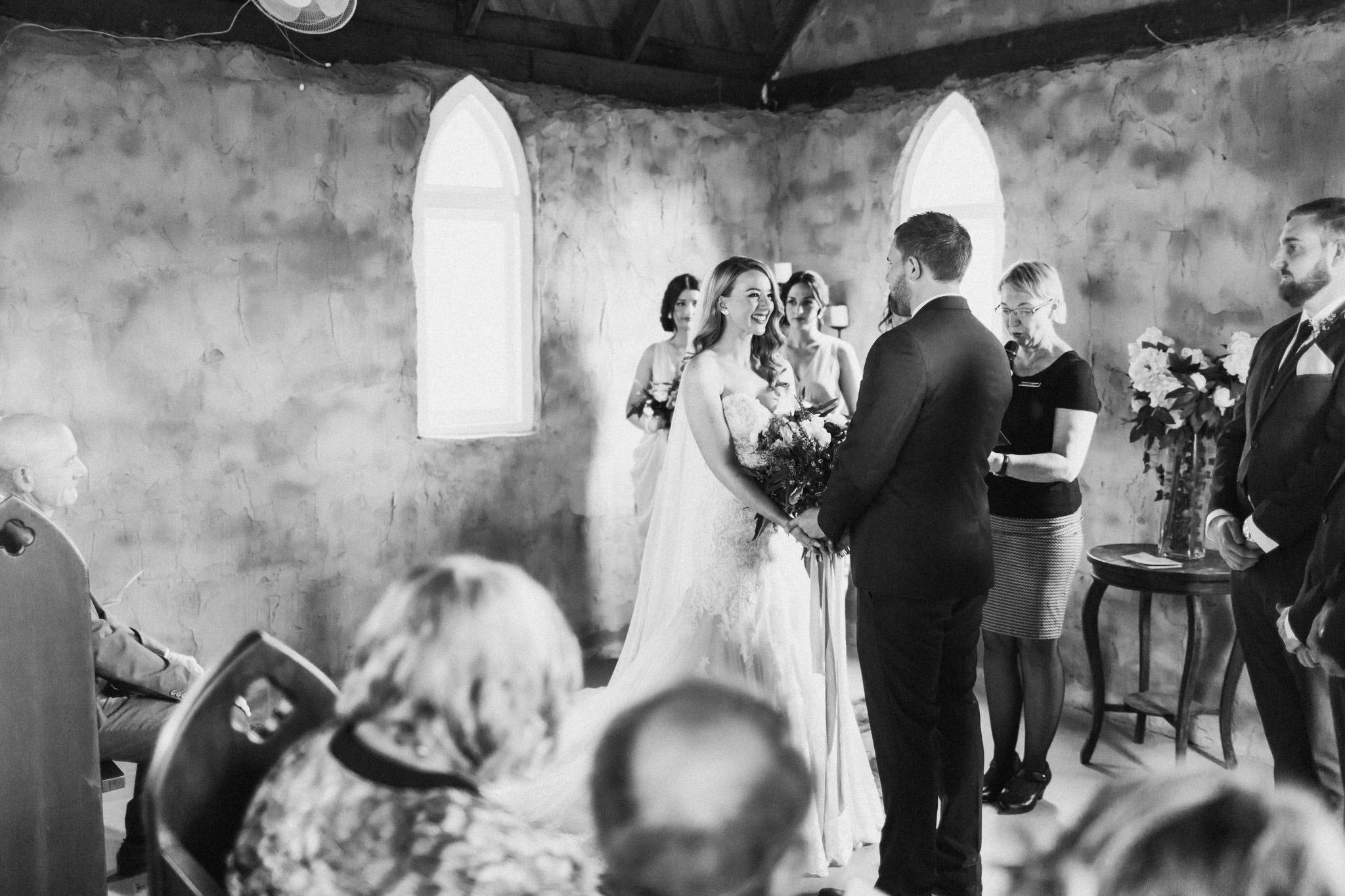 WeddingPhotos_Facebook_2048pixels-1041.jpg
