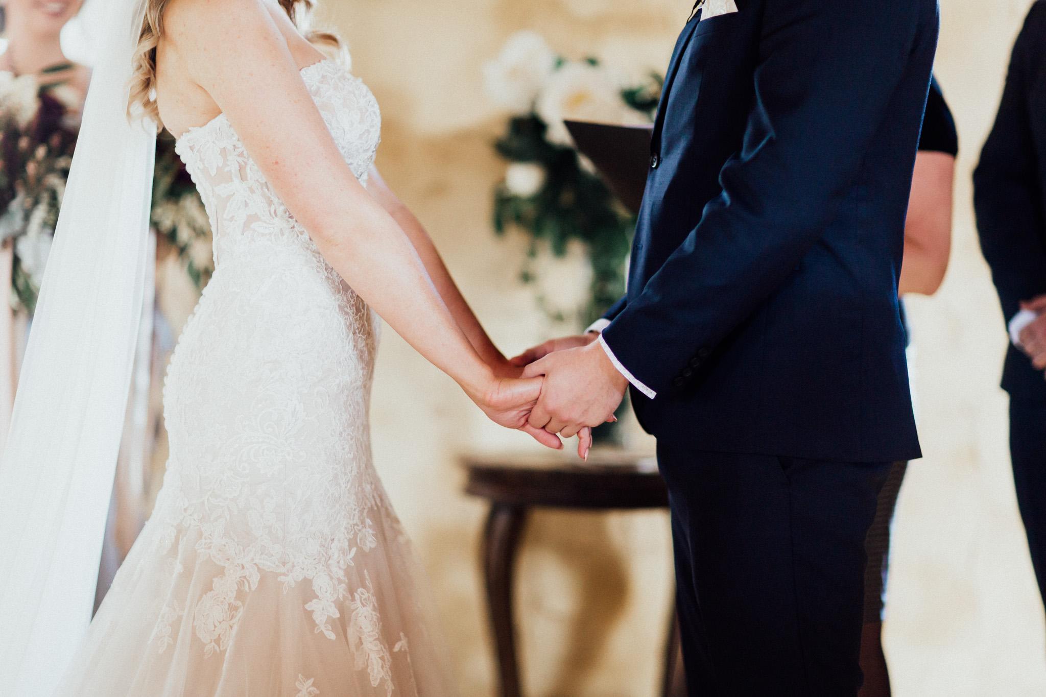 WeddingPhotos_Facebook_2048pixels-1044.jpg