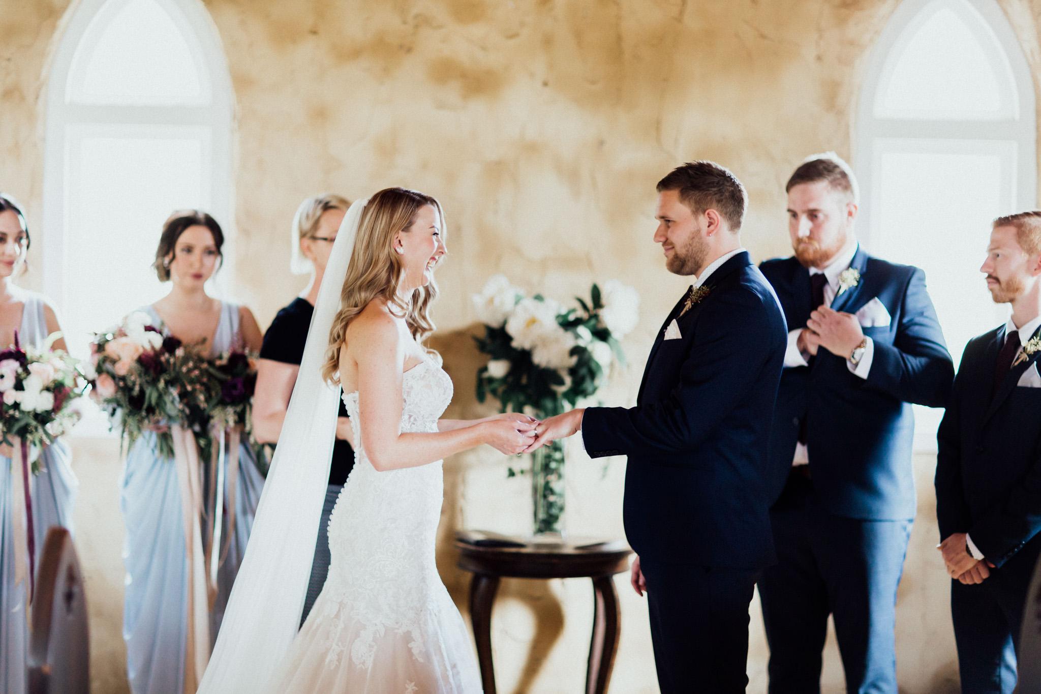 WeddingPhotos_Facebook_2048pixels-1052.jpg