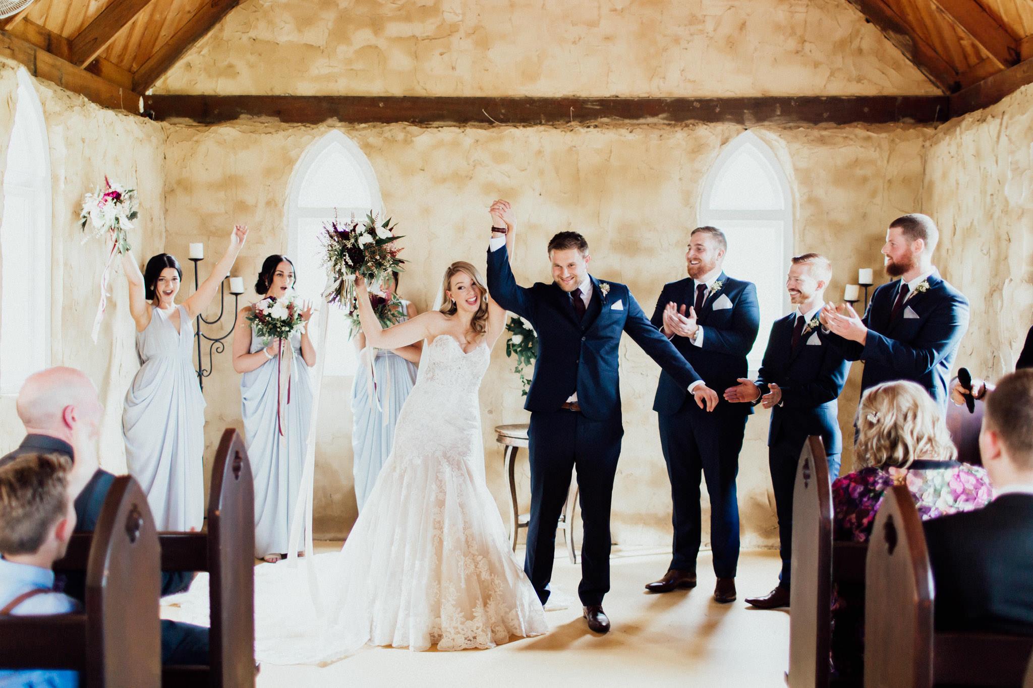 WeddingPhotos_Facebook_2048pixels-1055.jpg