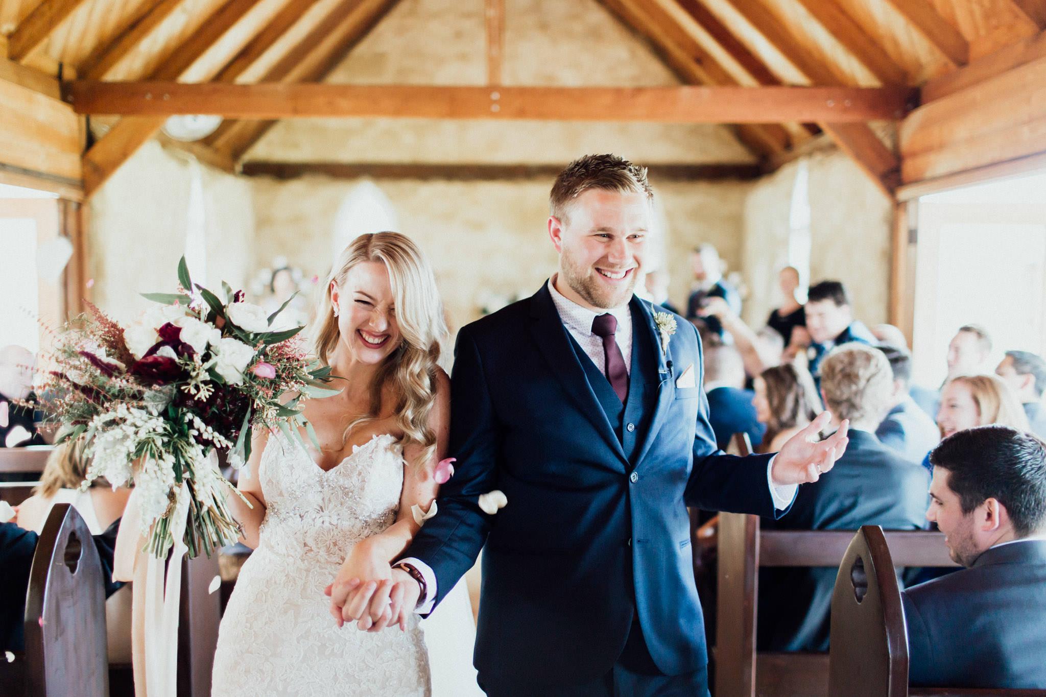 WeddingPhotos_Facebook_2048pixels-1056.jpg