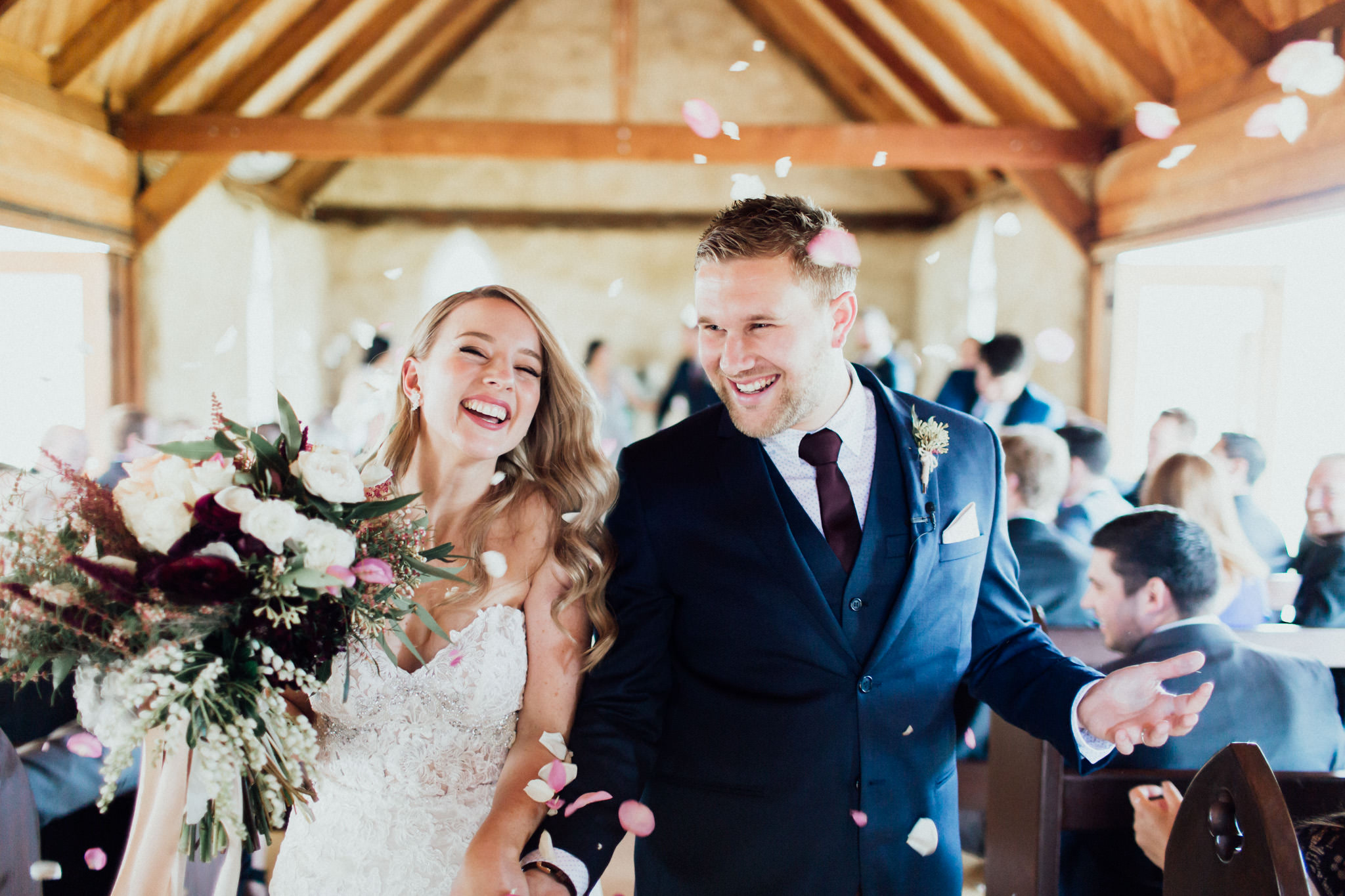WeddingPhotos_Facebook_2048pixels-1057.jpg