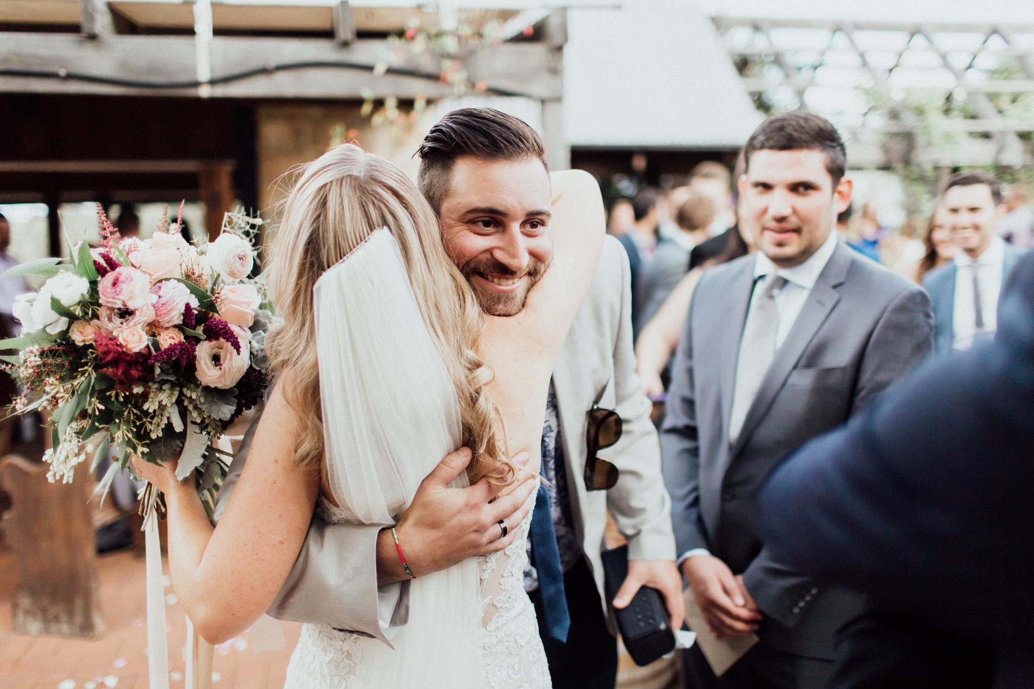 WeddingPhotos_Facebook_2048pixels-1061.jpg